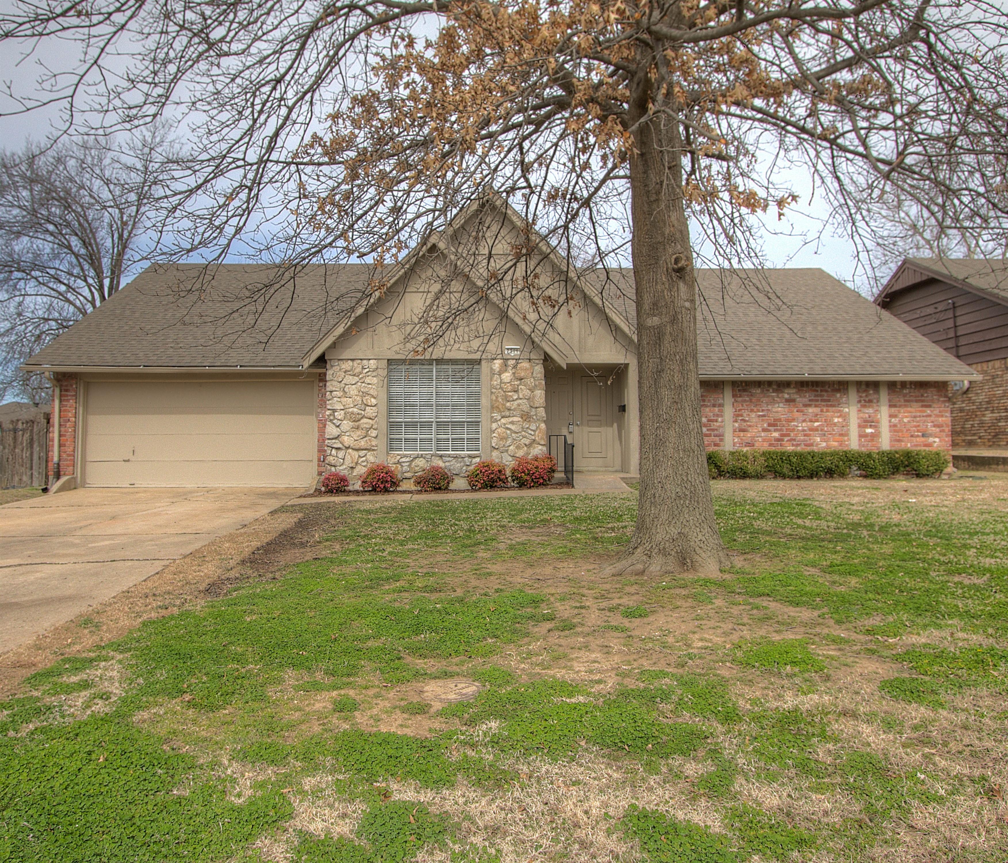 7311 E 58th Place Property Photo