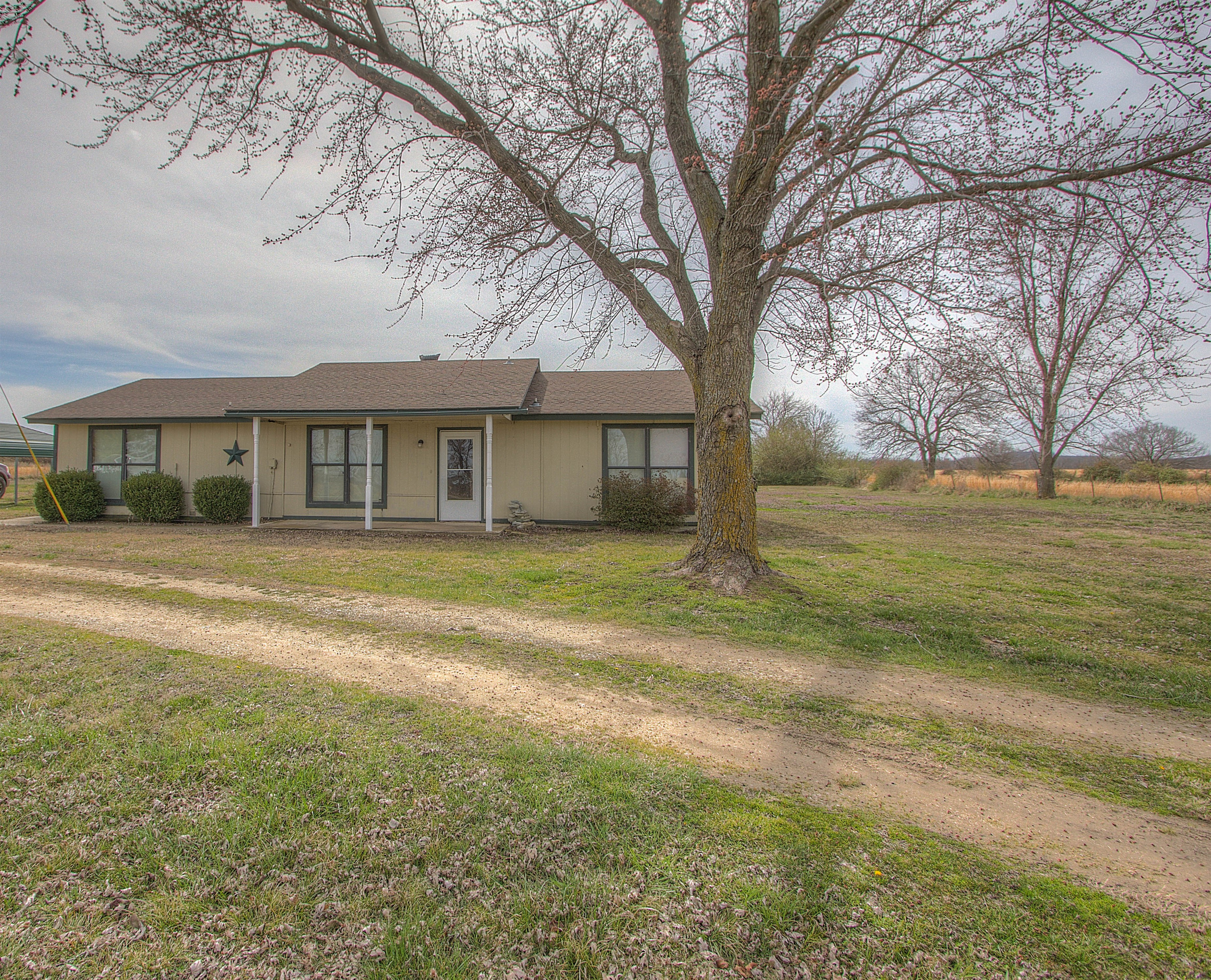 18660 Cedar Road Property Photo