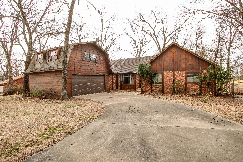 330 Hickory Drive Property Photo