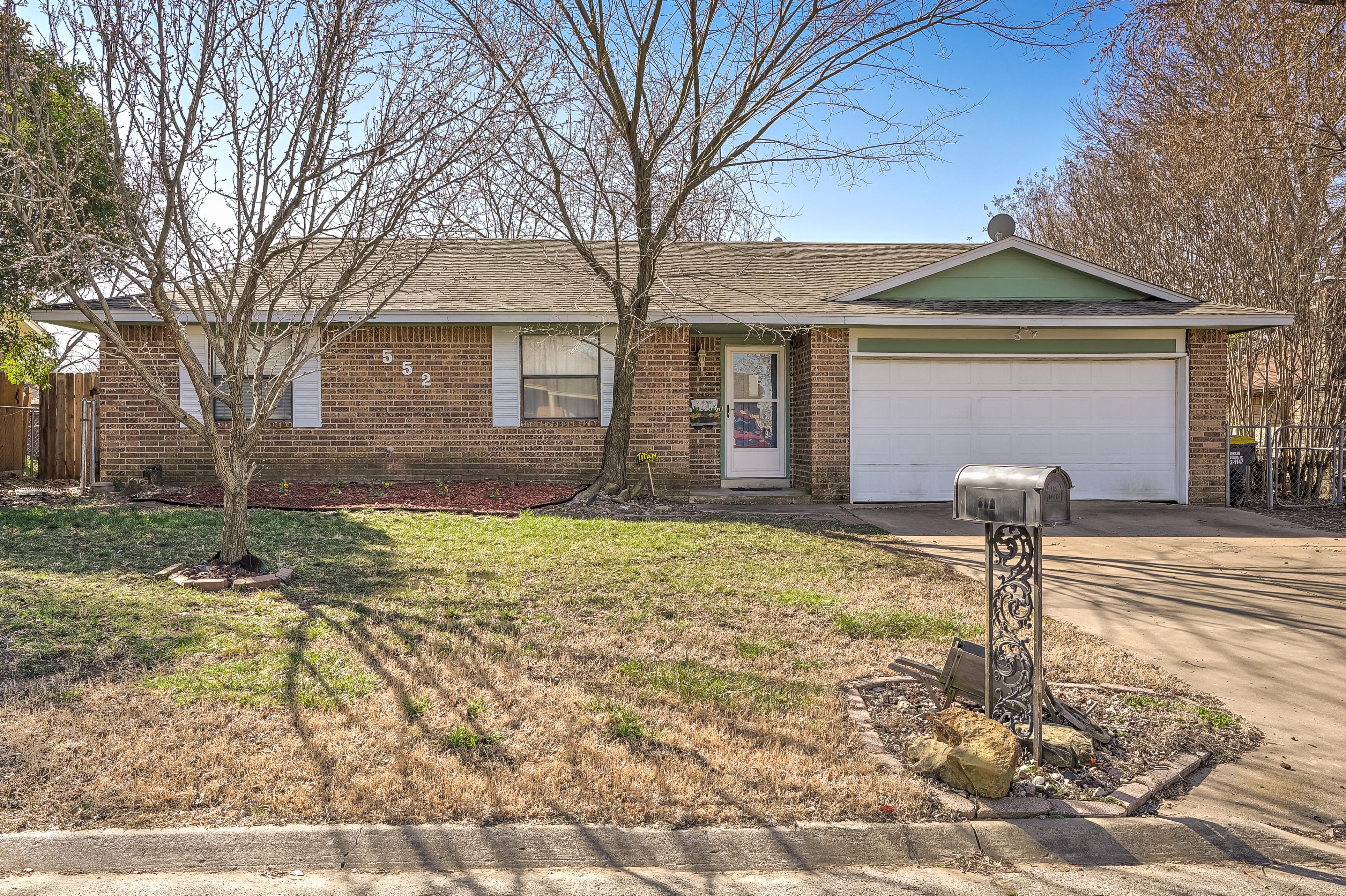 552 E 133rd Place Property Photo