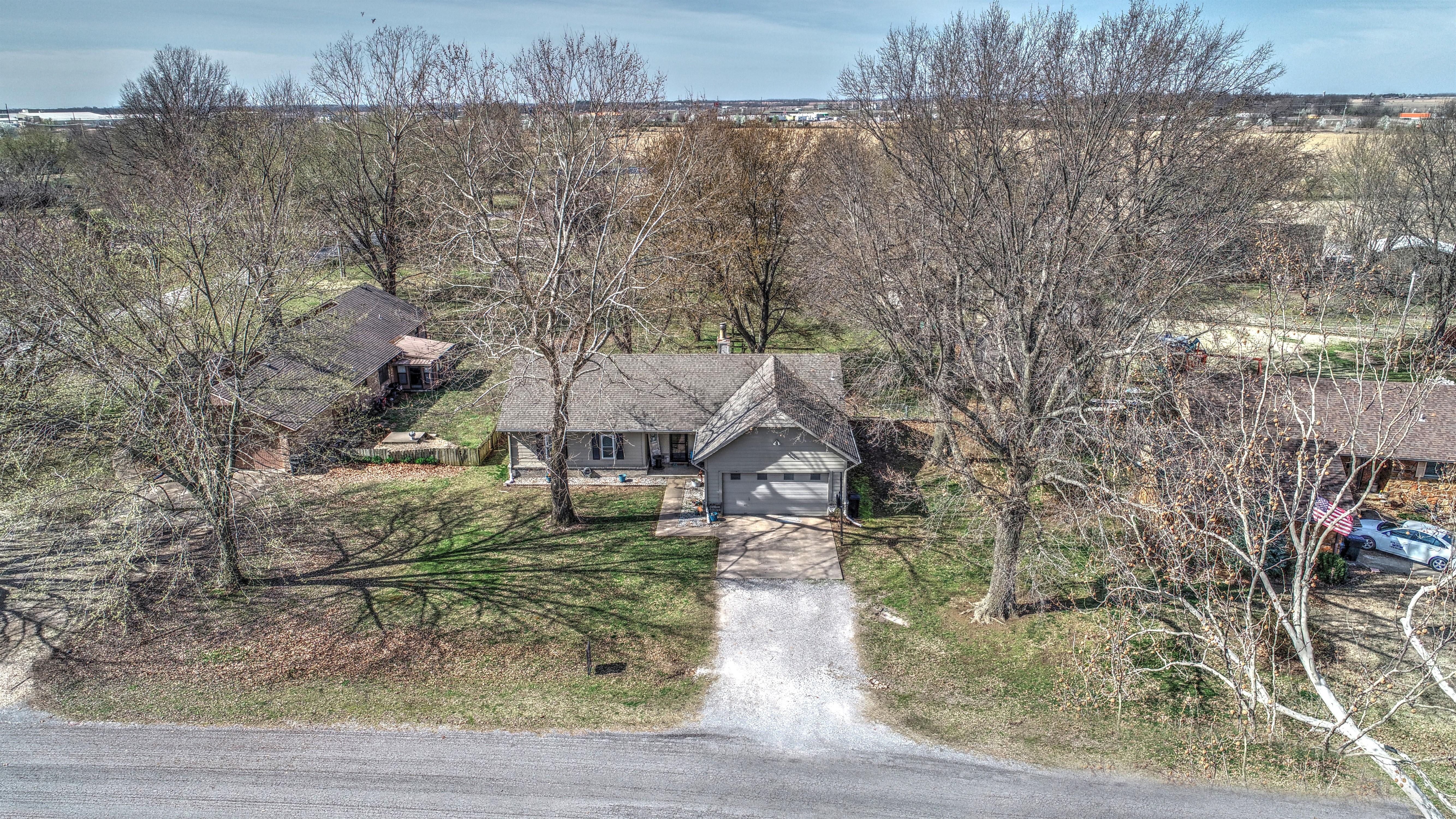 84 Village Lane Property Photo