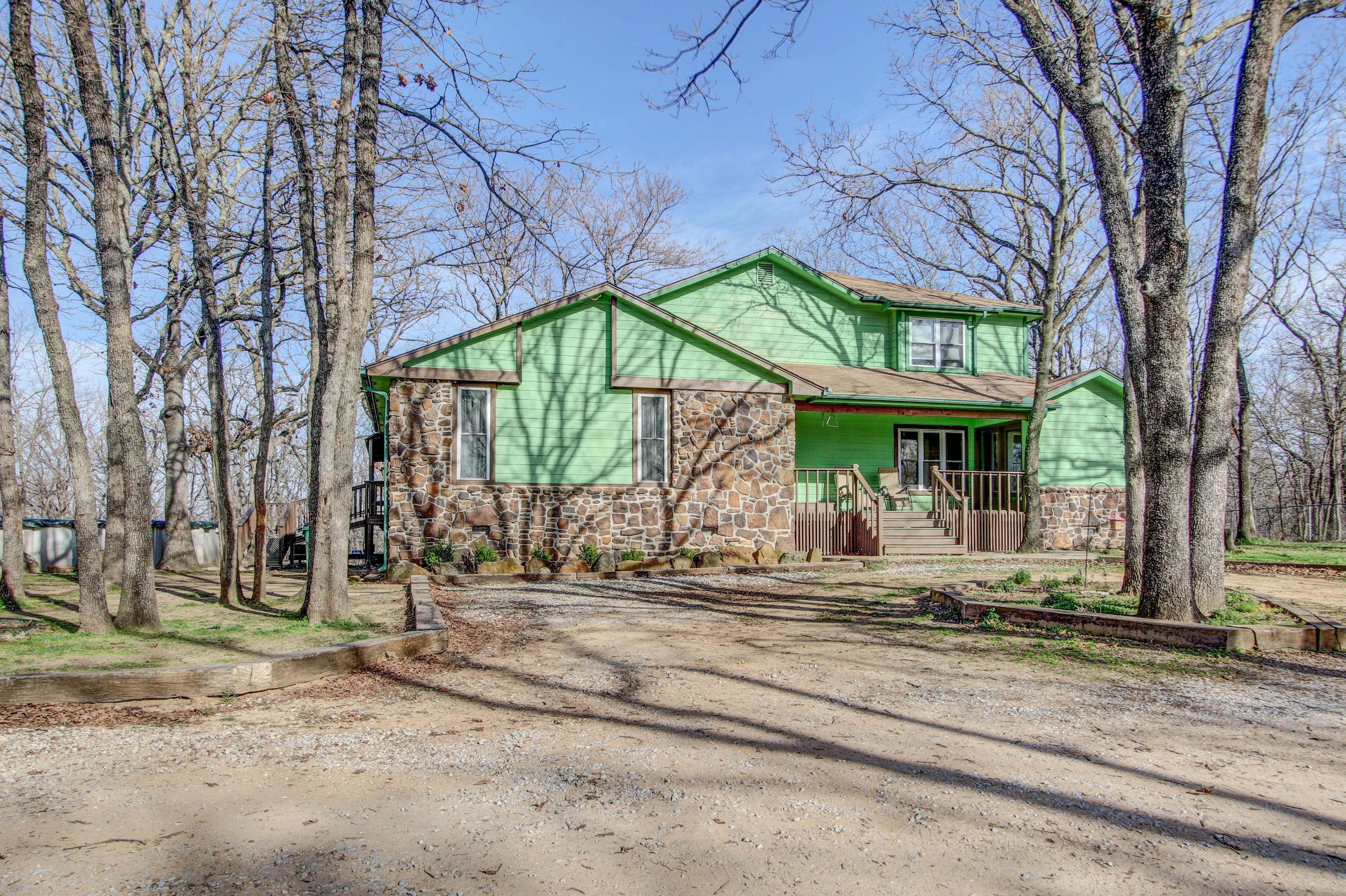 15001 S Peoria Avenue Property Photo