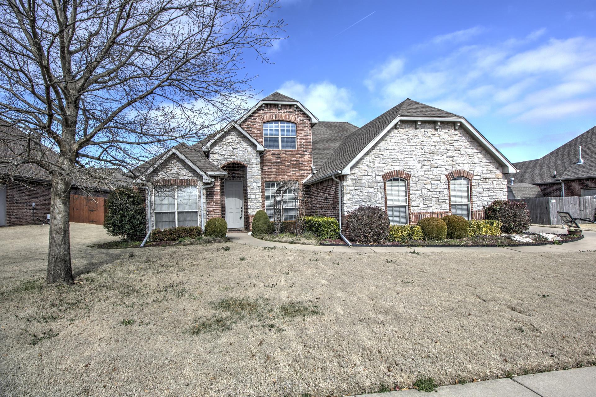 5906 Woodland Road Property Photo