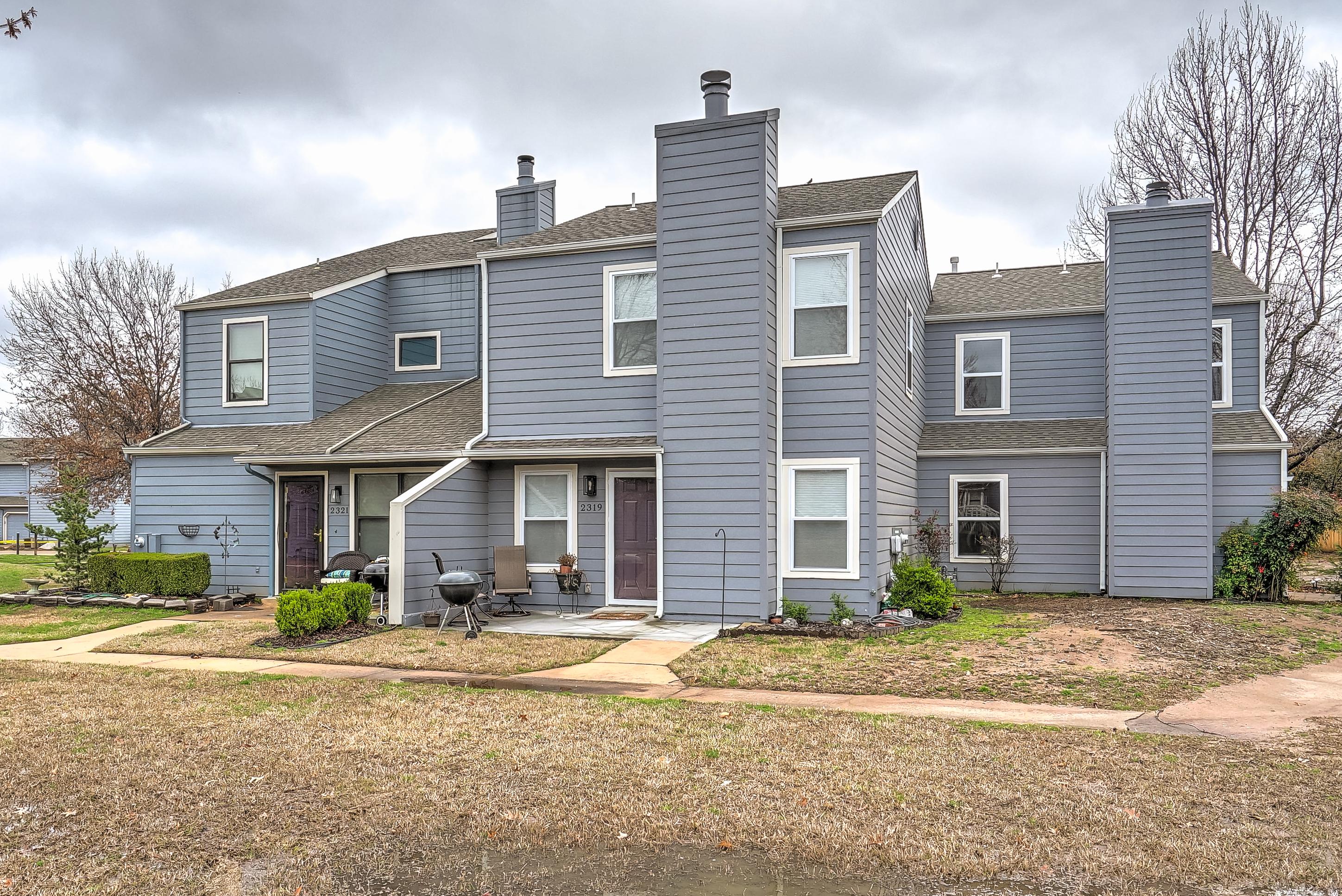 2319 W Quantico Street Property Photo 1
