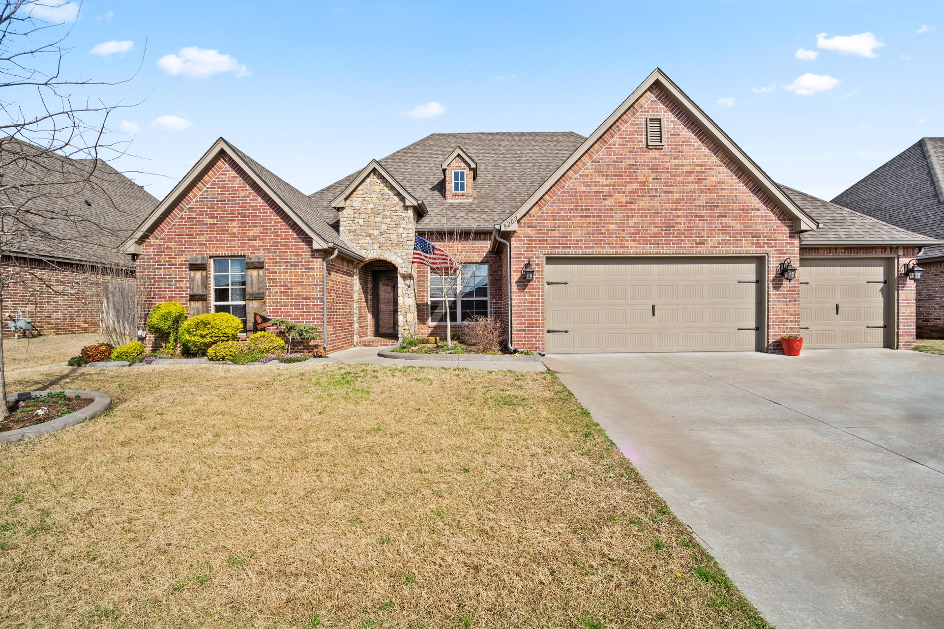 9209 N 96th East Avenue Property Photo