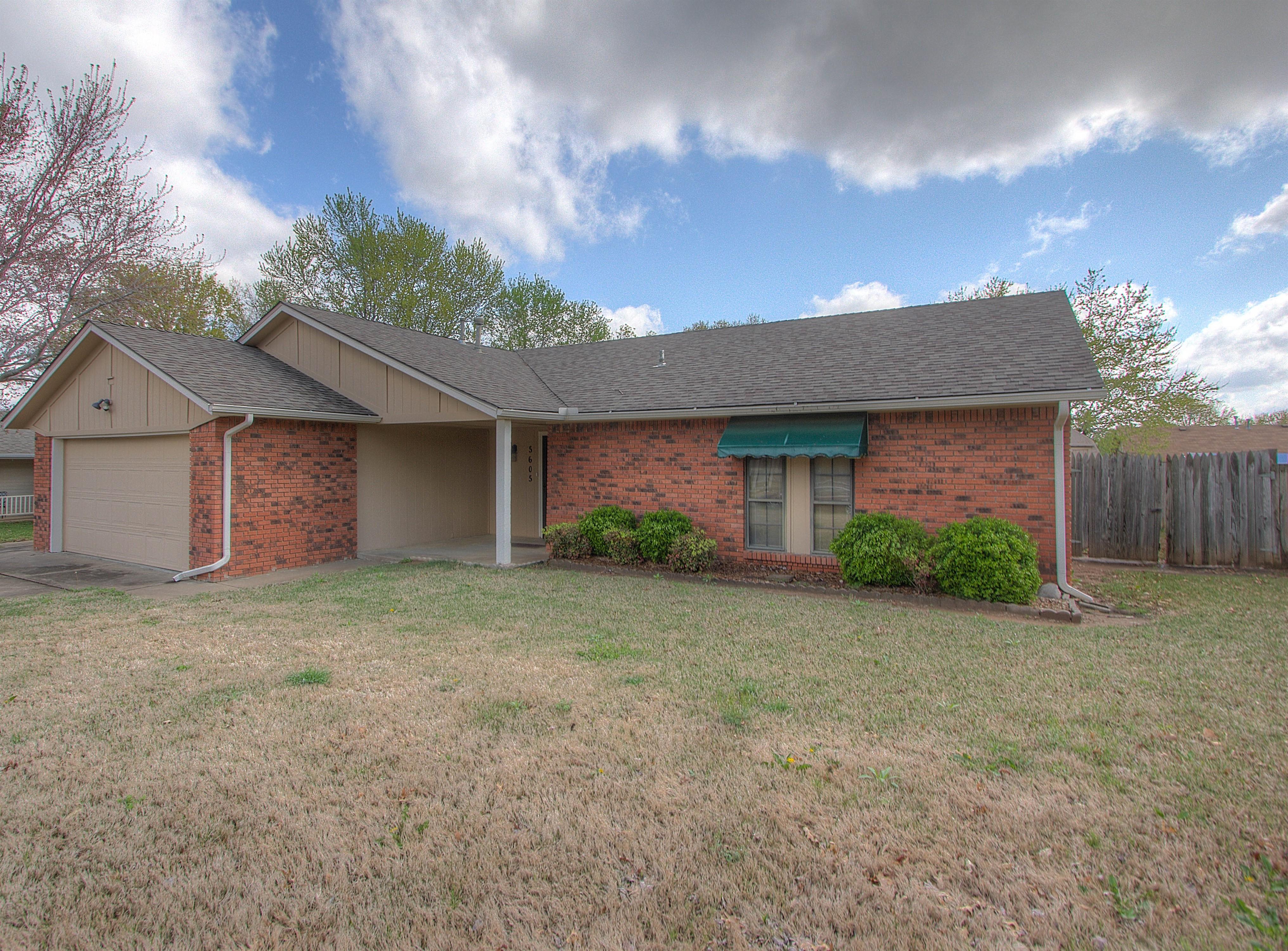5605 S Birch Avenue Property Photo