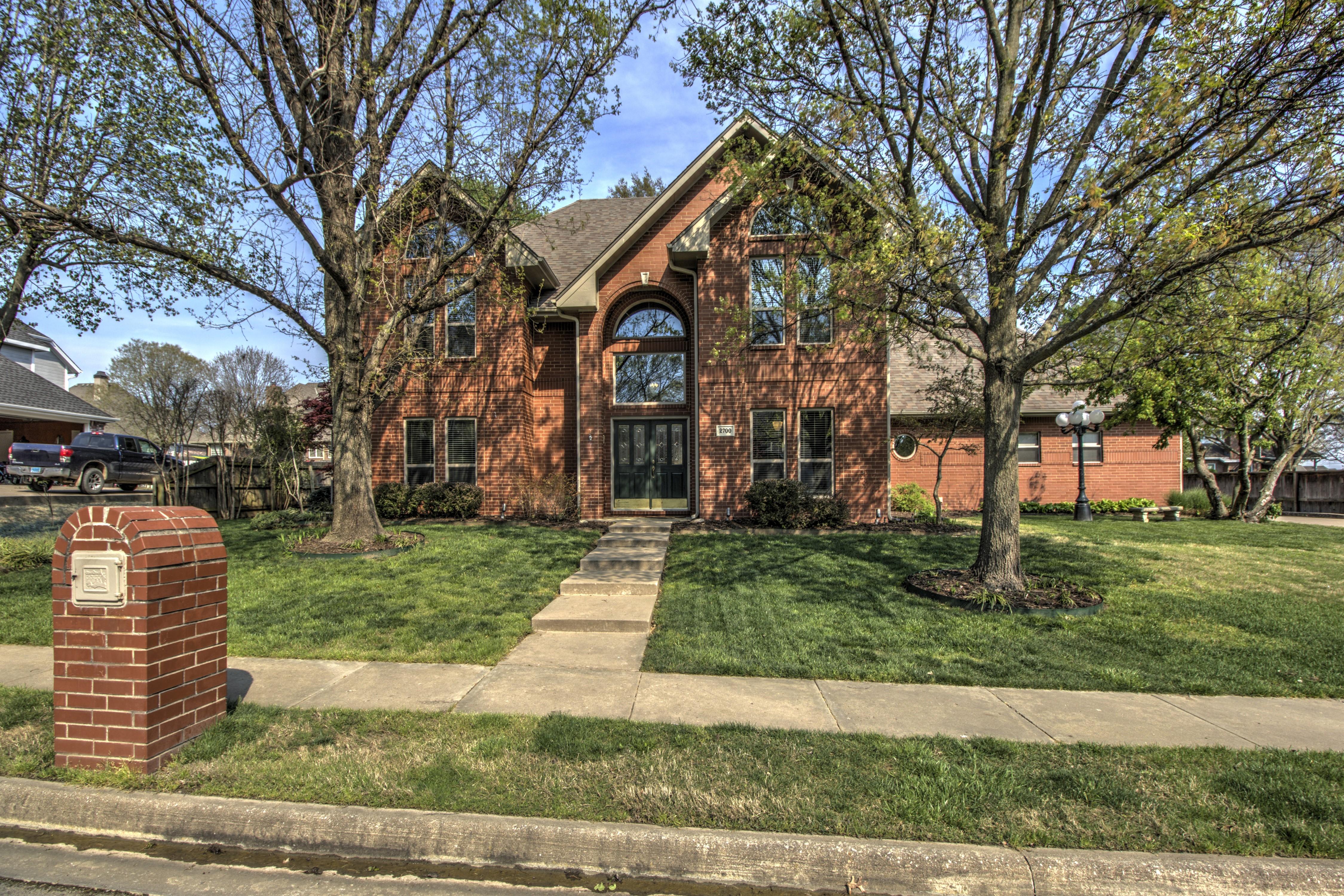 2700 Kingston Drive Property Photo
