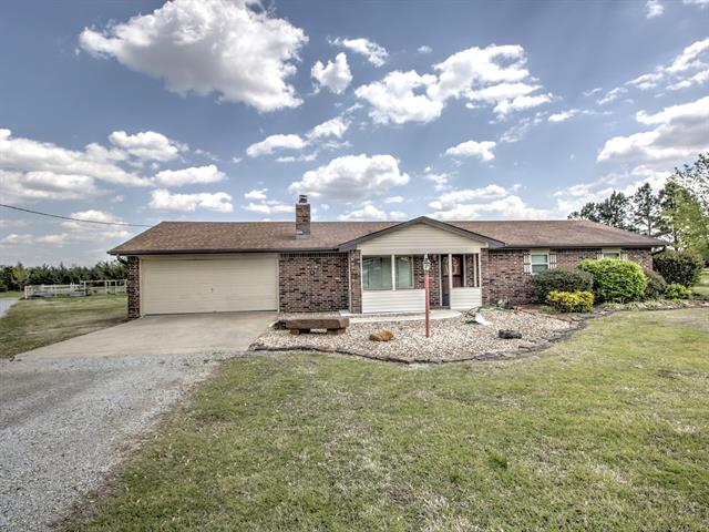 570 N Ochelata Street Property Photo