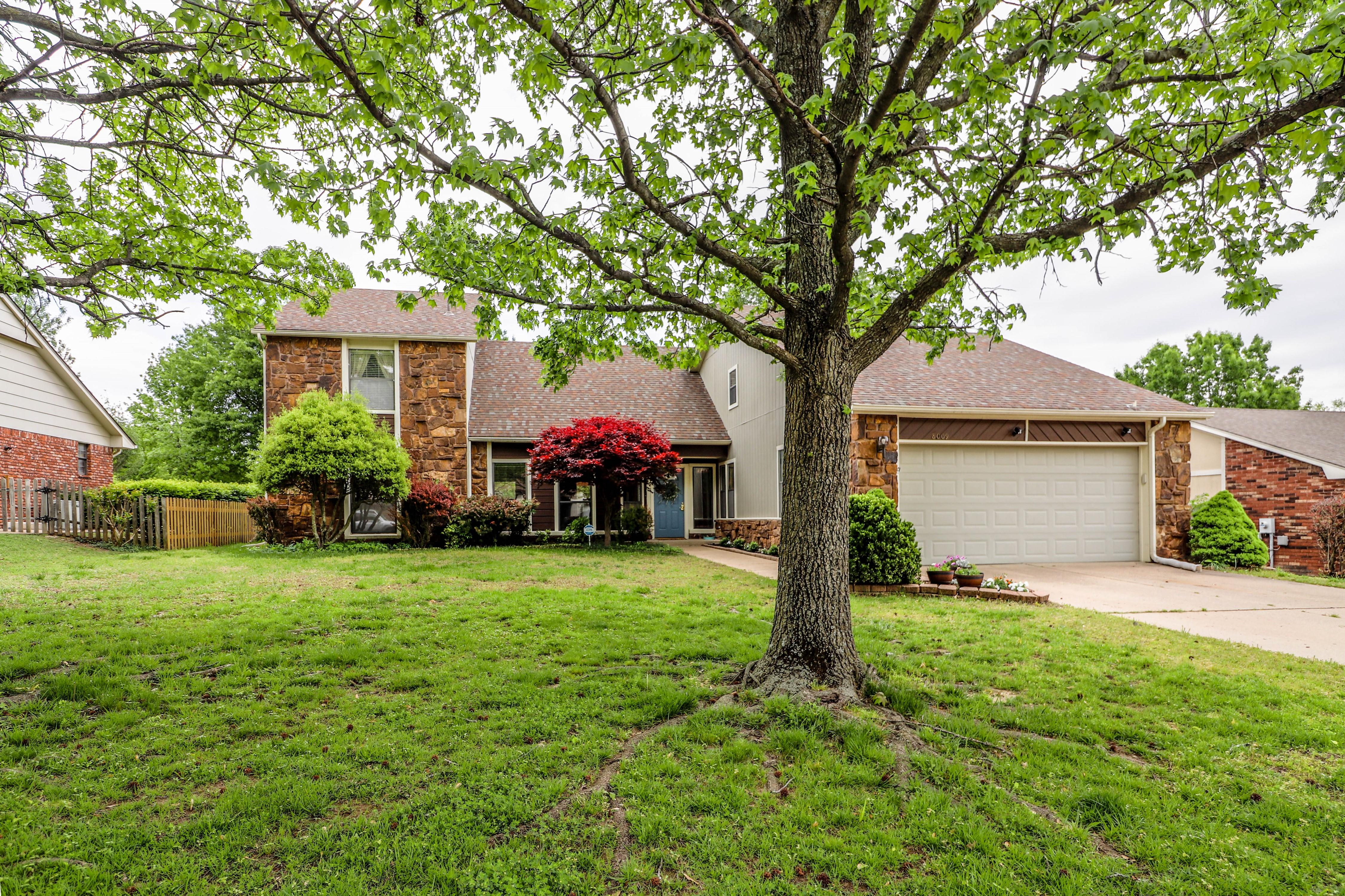 8009 S Irvington Avenue Property Photo 1