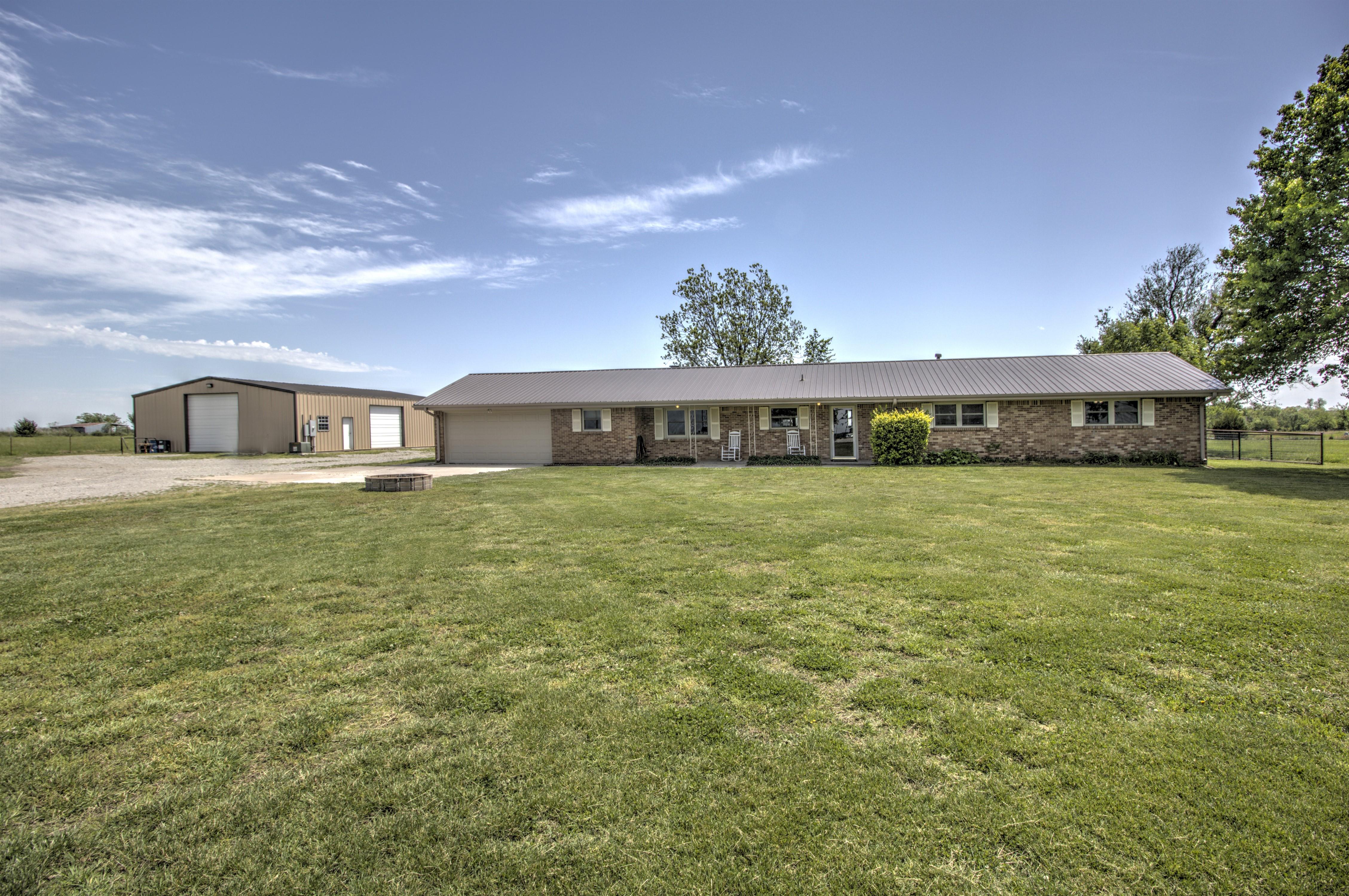 395105 W 2900 Road Property Photo
