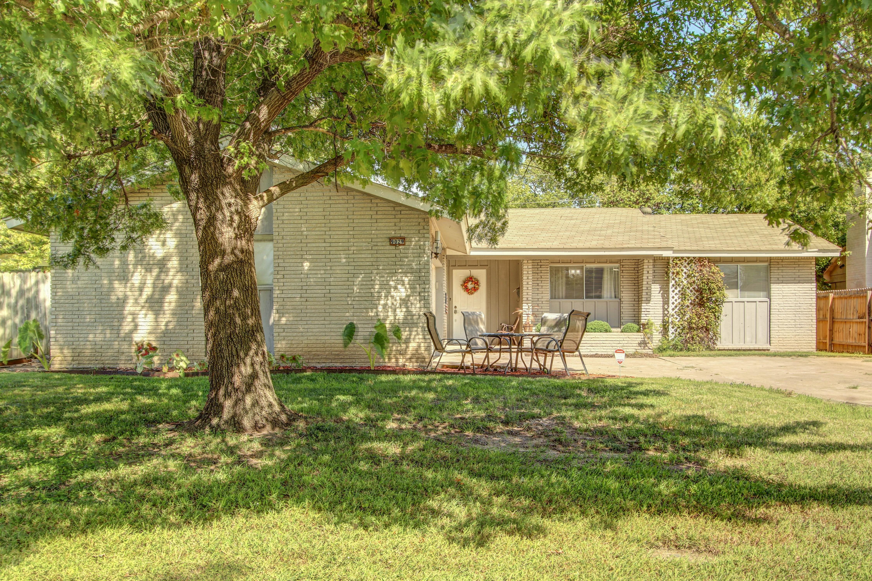 9029 E 32nd Place Property Photo
