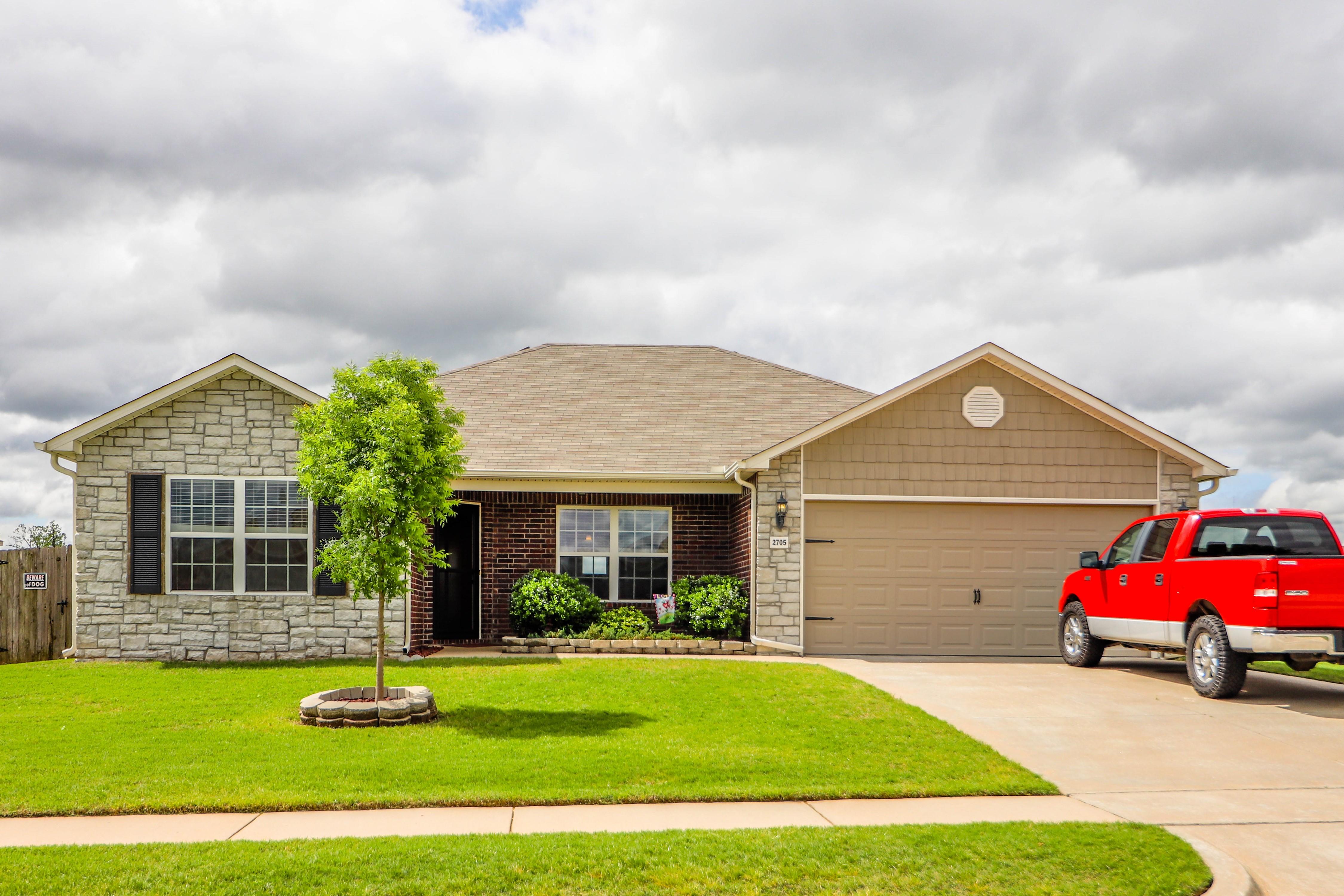 2705 W El Dorado Street Property Photo 1