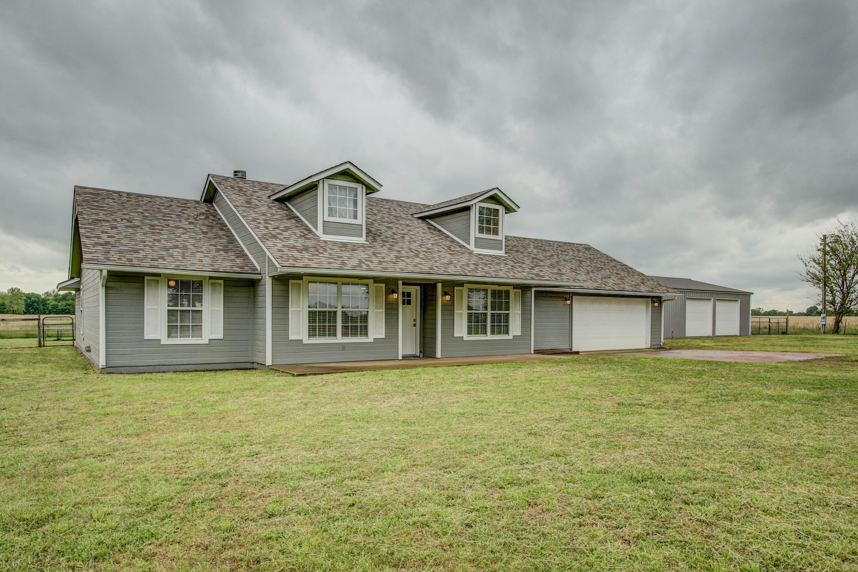 445265 E 200 Road Property Photo