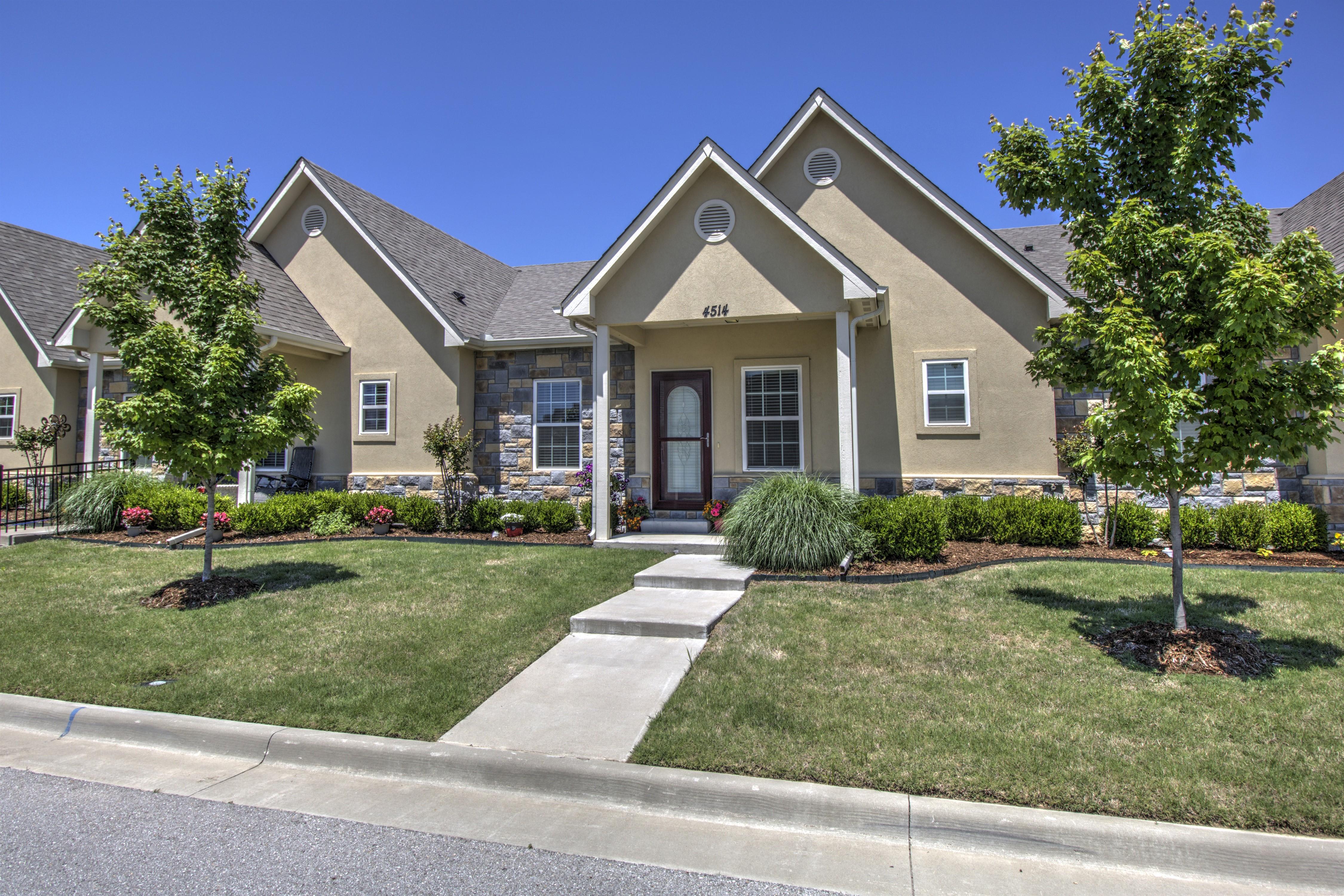 4514 W Fort Worth Street Property Photo