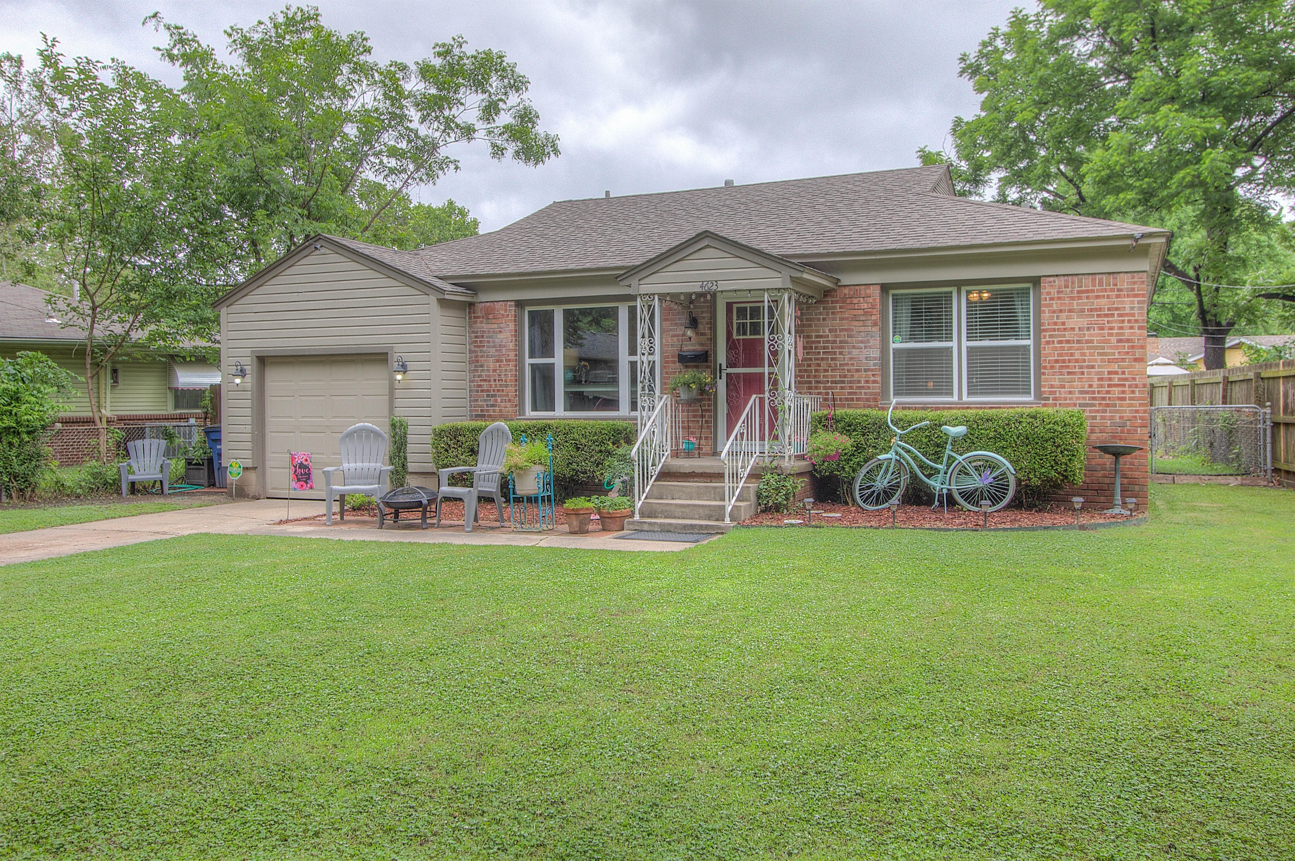 4623 S St Louis Avenue Property Photo