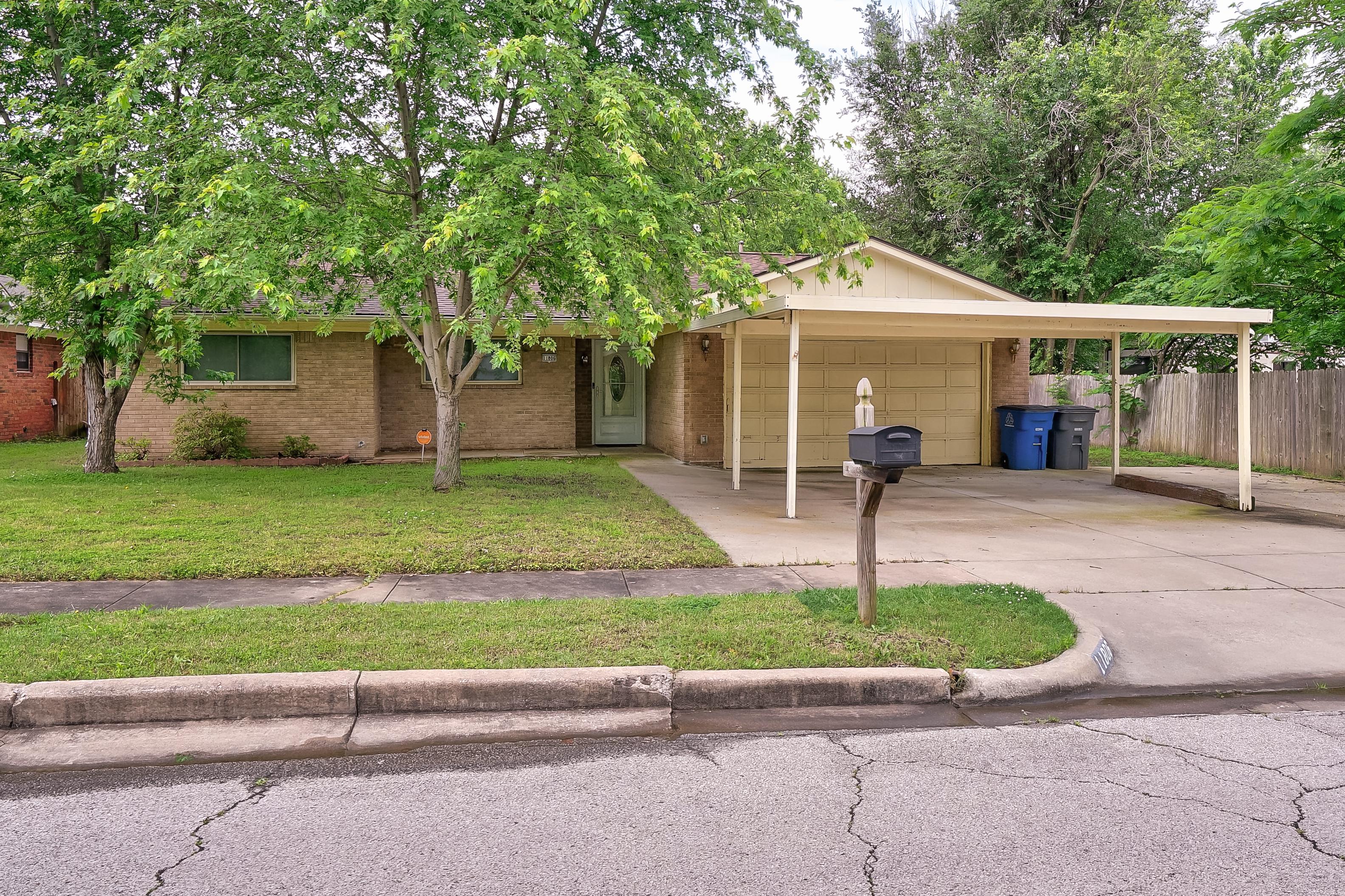 11806 E 16th Street Property Photo