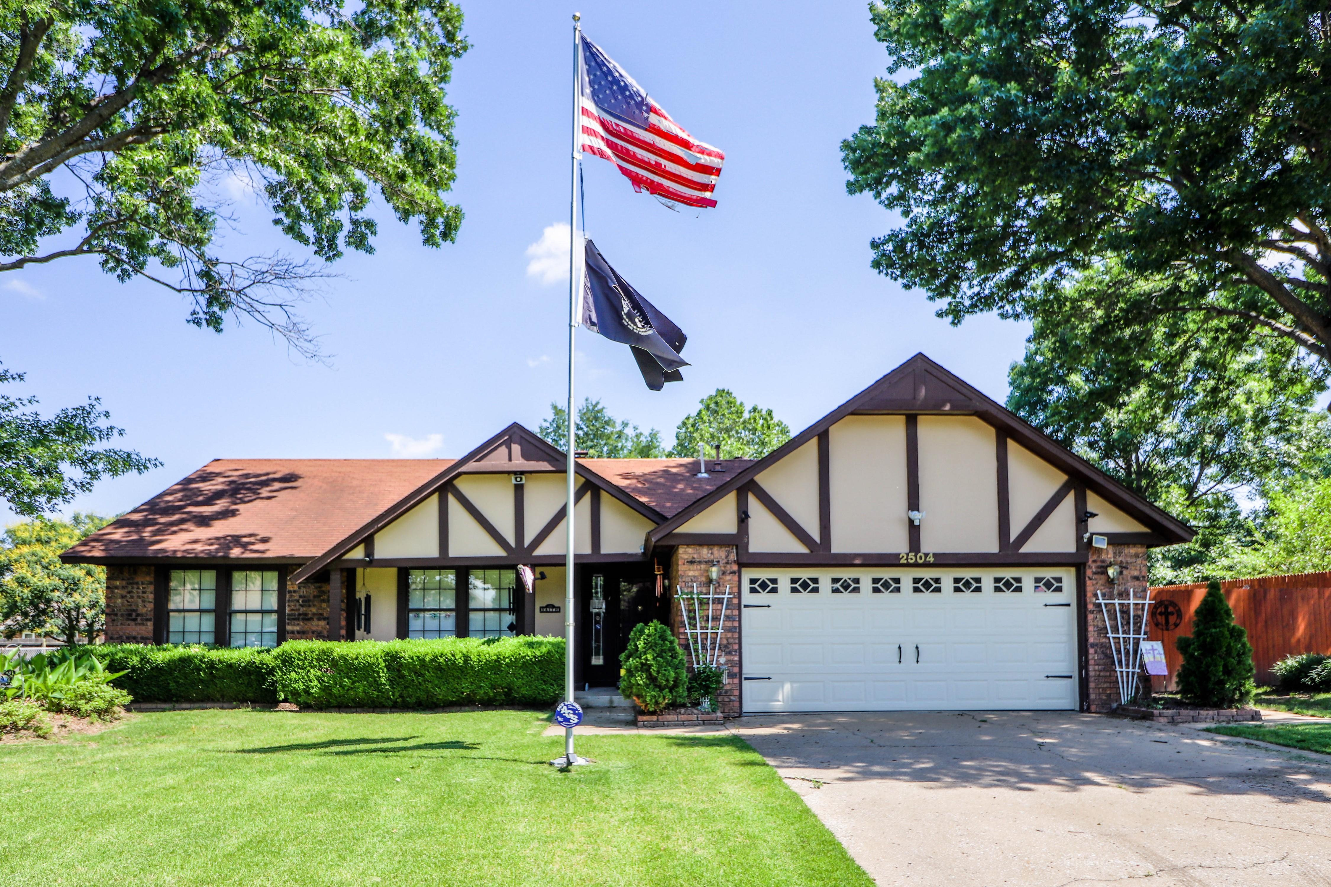 2504 W Little Rock Street Property Photo