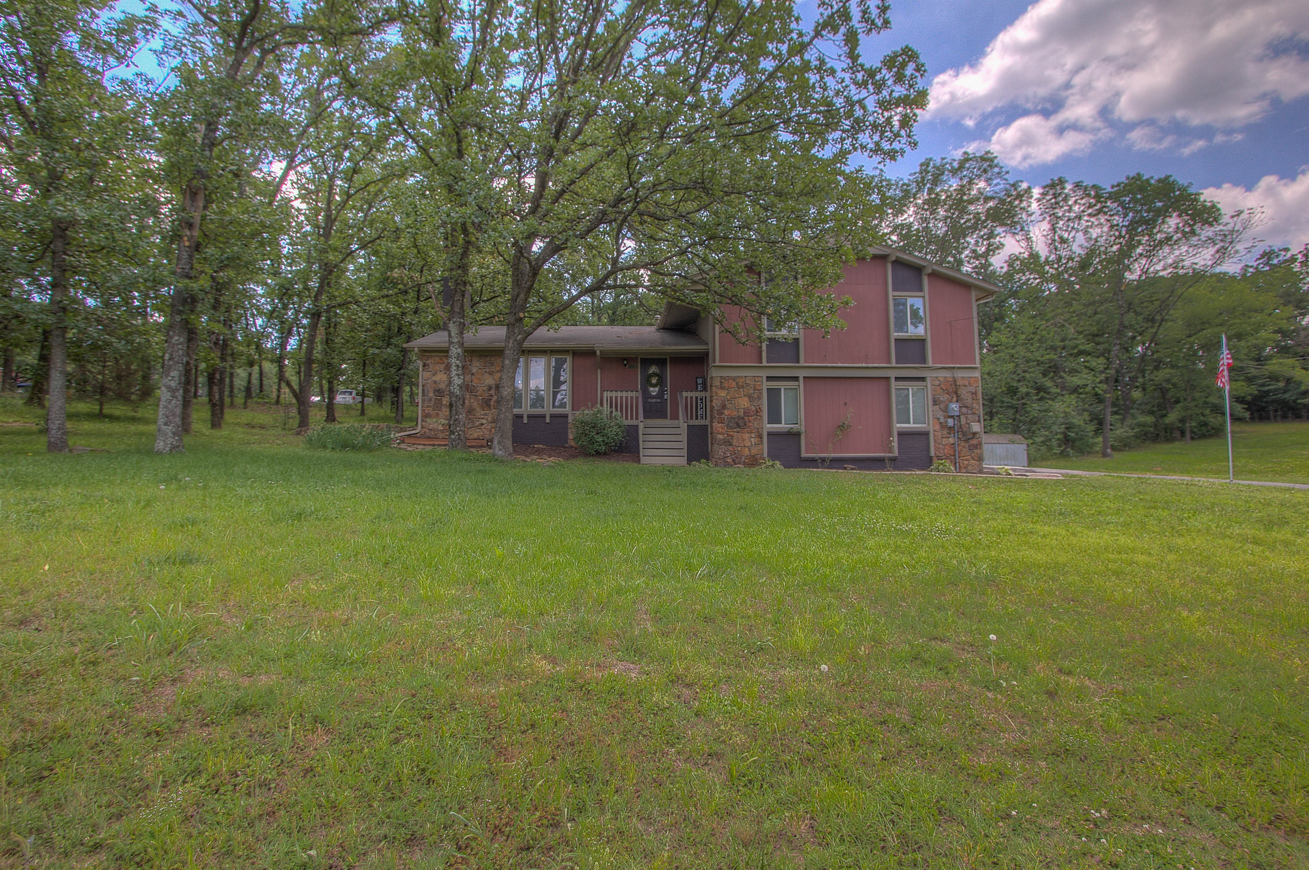 1410 W Taft Avenue Property Photo