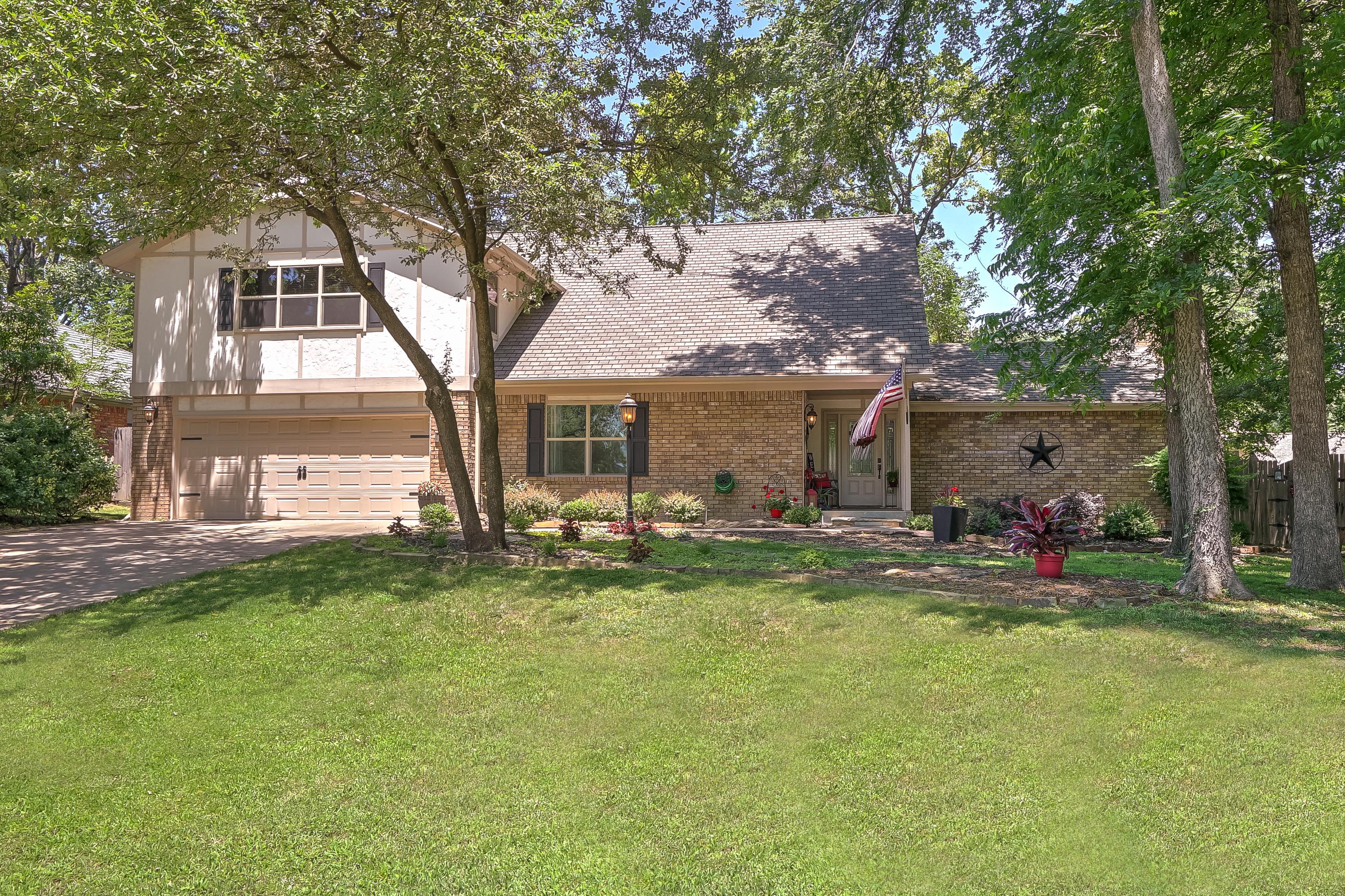 6627 E 89TH Place Property Photo 1