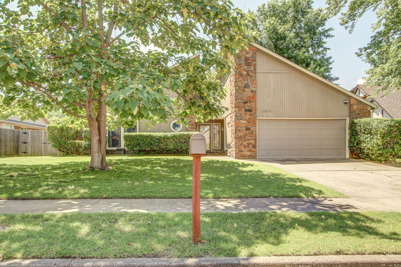 13210 E 38th Street Property Photo 1