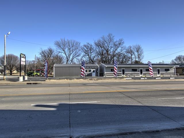 610 N Osage Avenue Property Photo