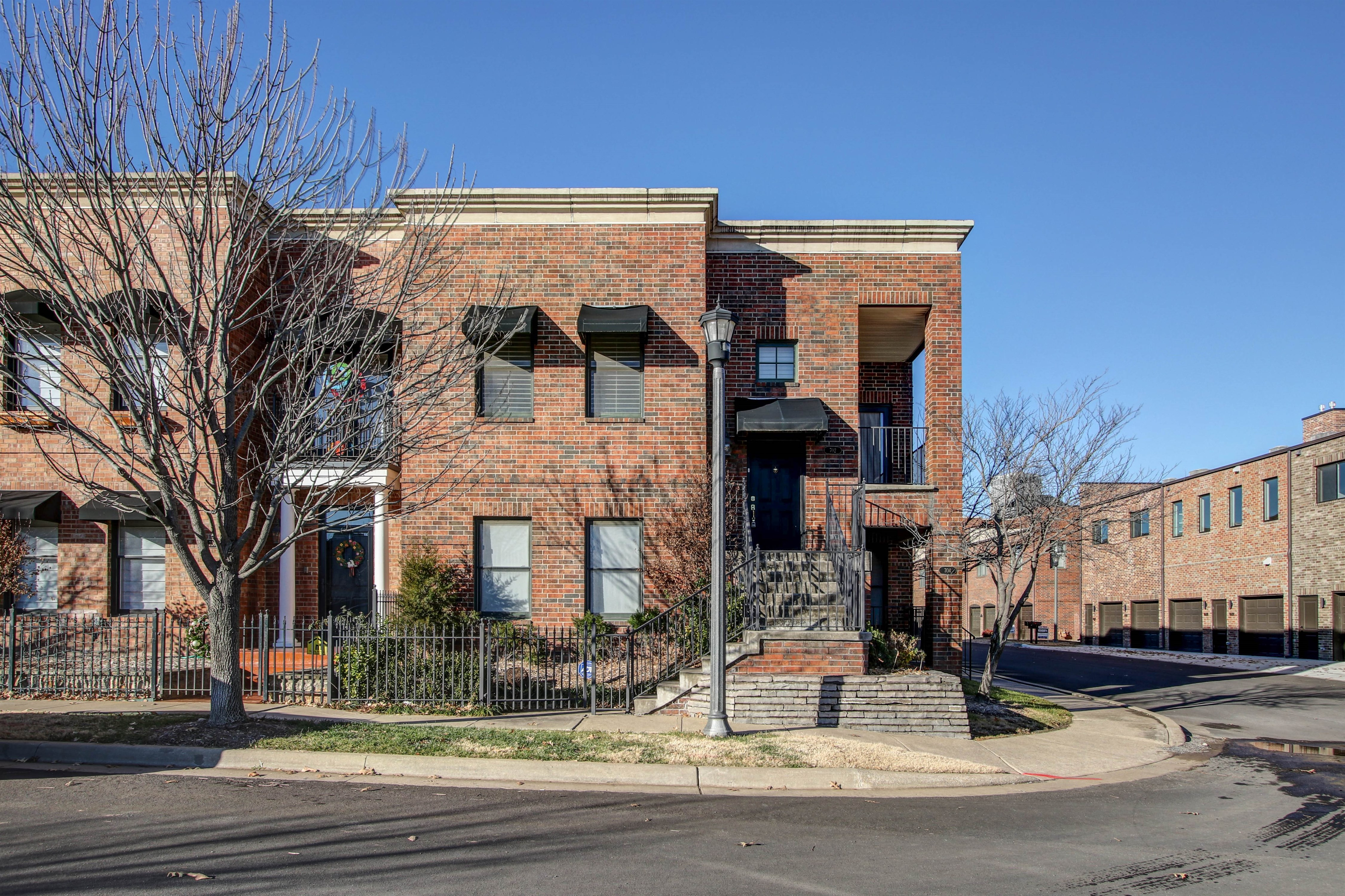 702 S Owasso Avenue #b Property Photo