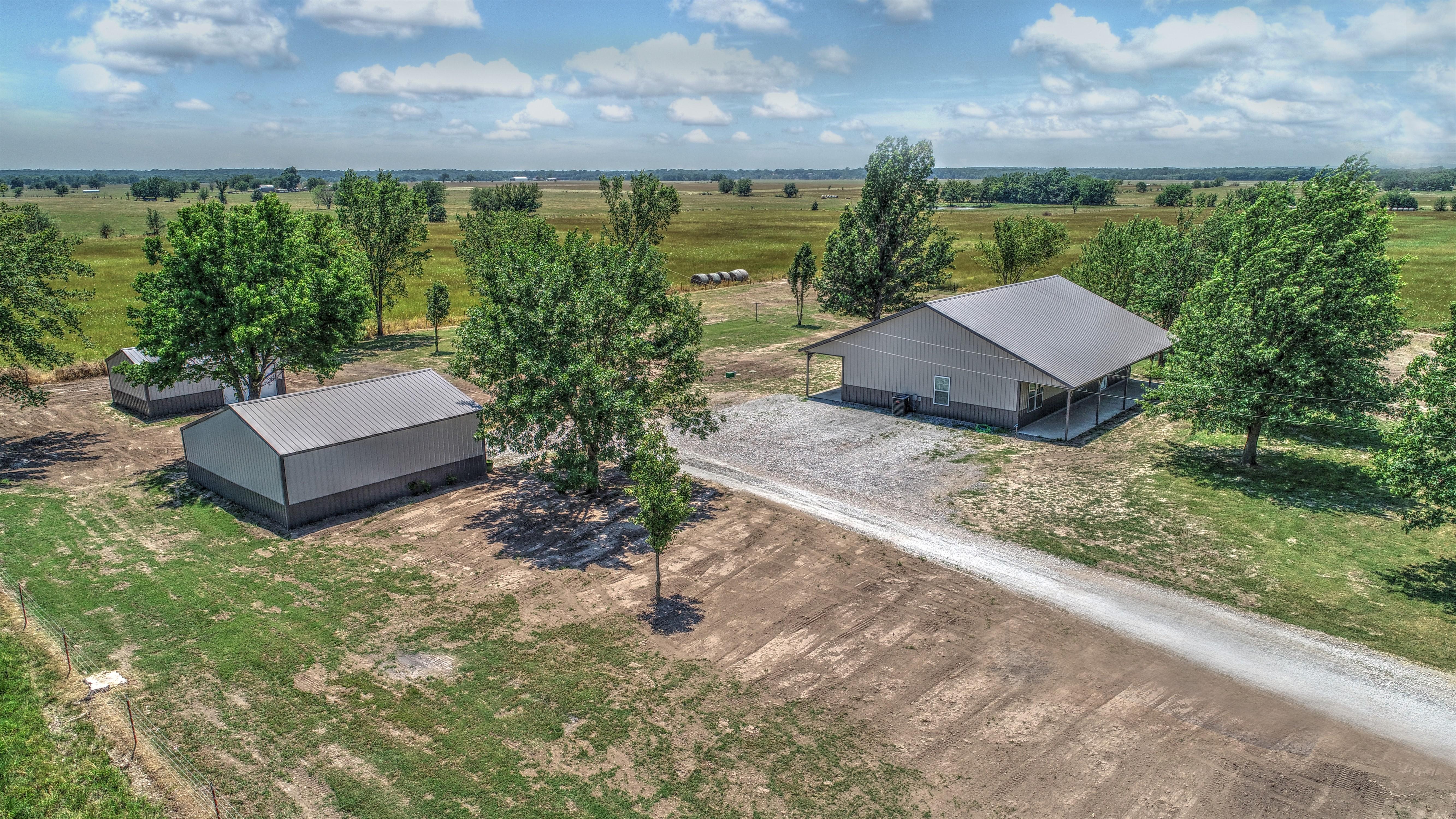 6496 E 405 Road Property Photo