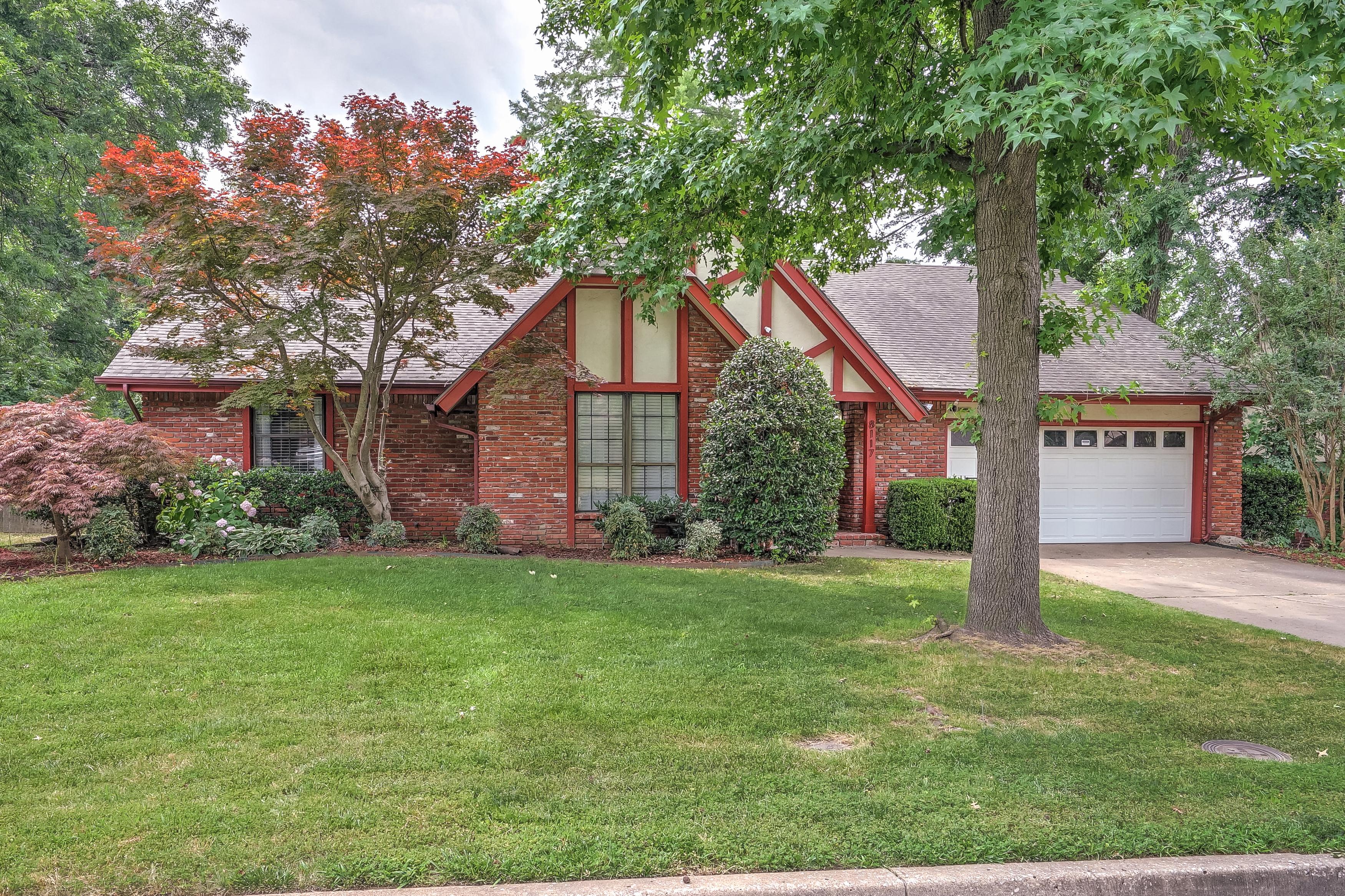 8117 S Louisville Avenue Property Photo