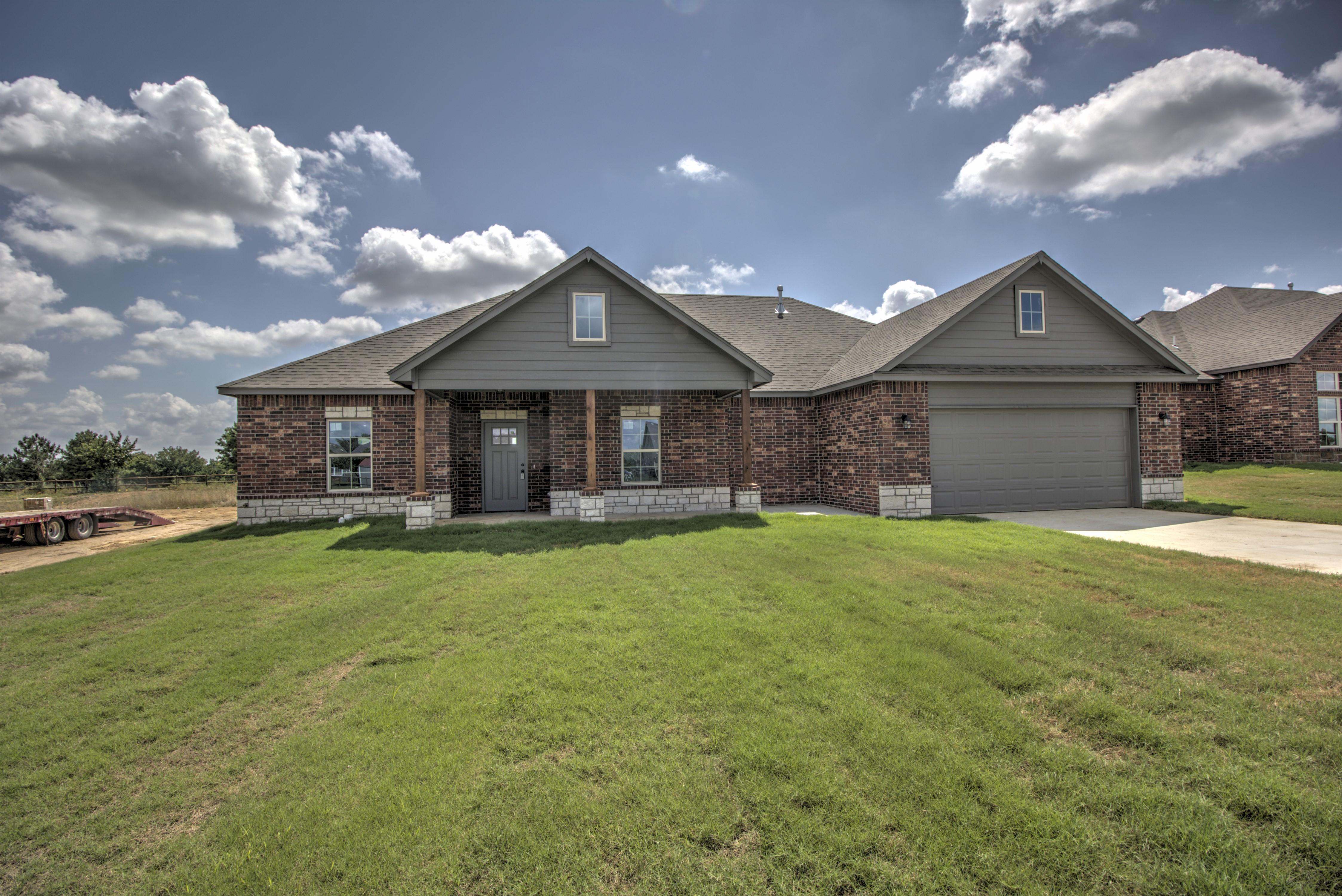 2171 S Osage Avenue Property Photo