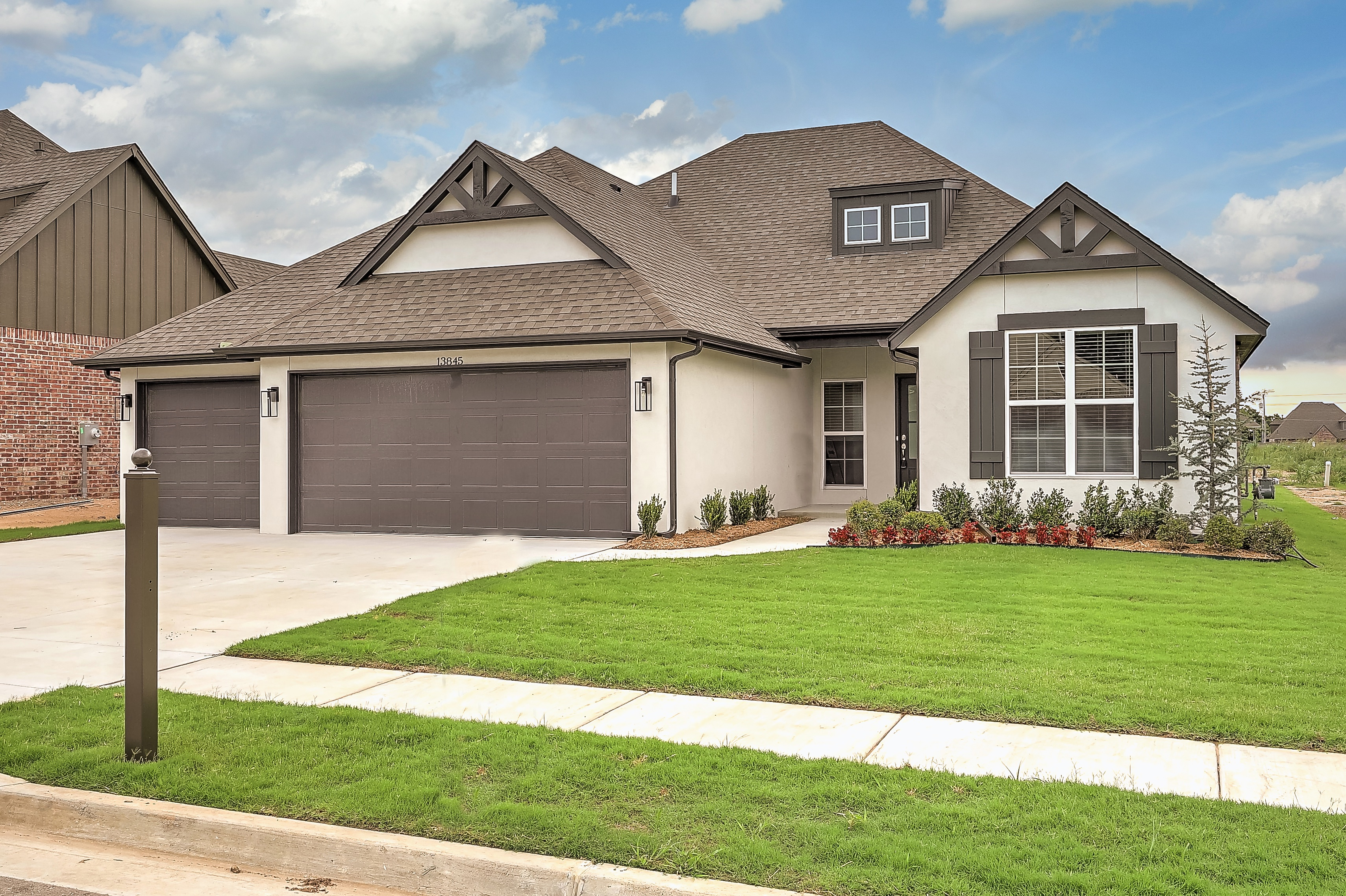 13845 S 21st Street East Property Photo 1