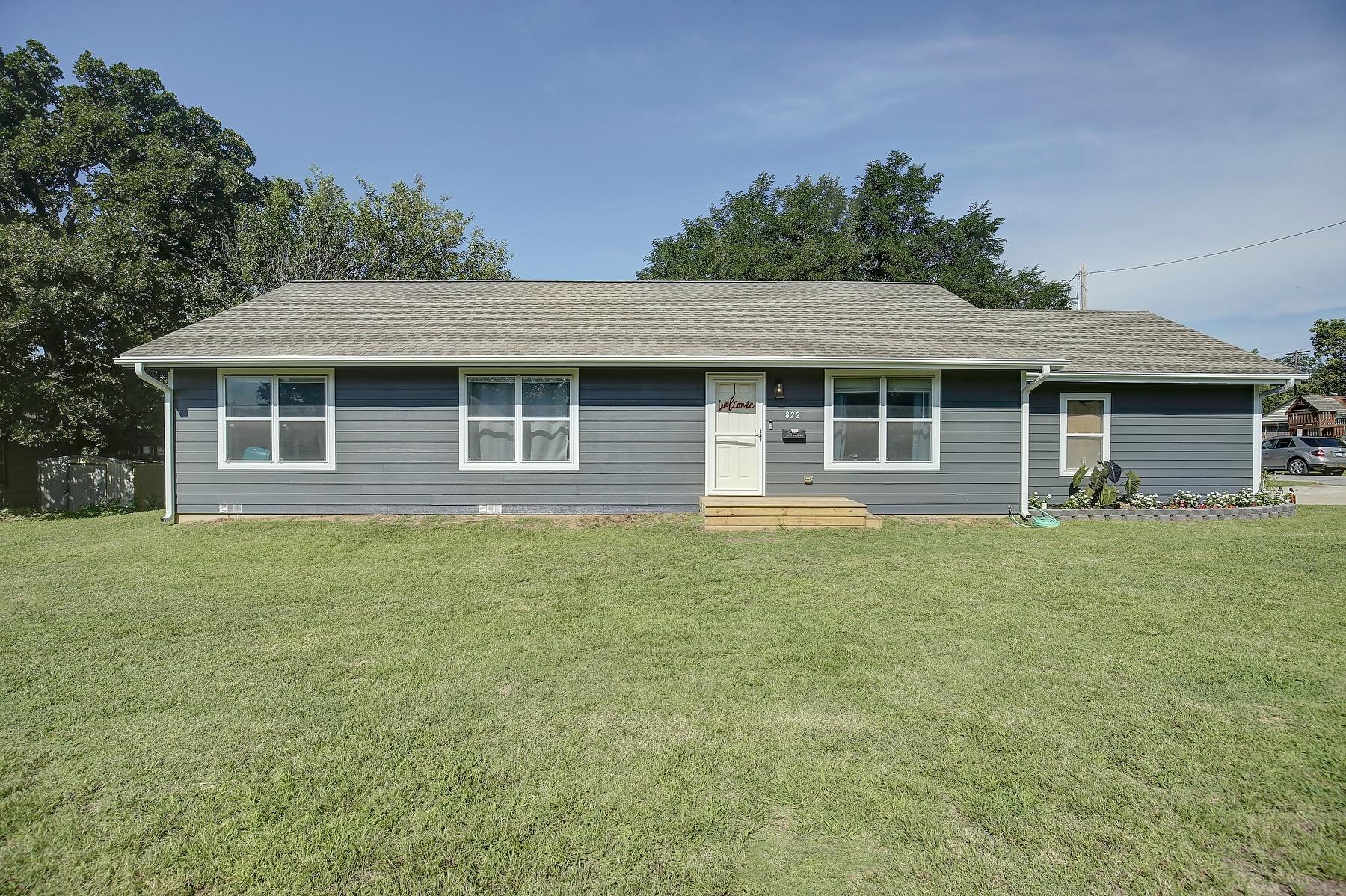 822 N Wilson Avenue Property Photo
