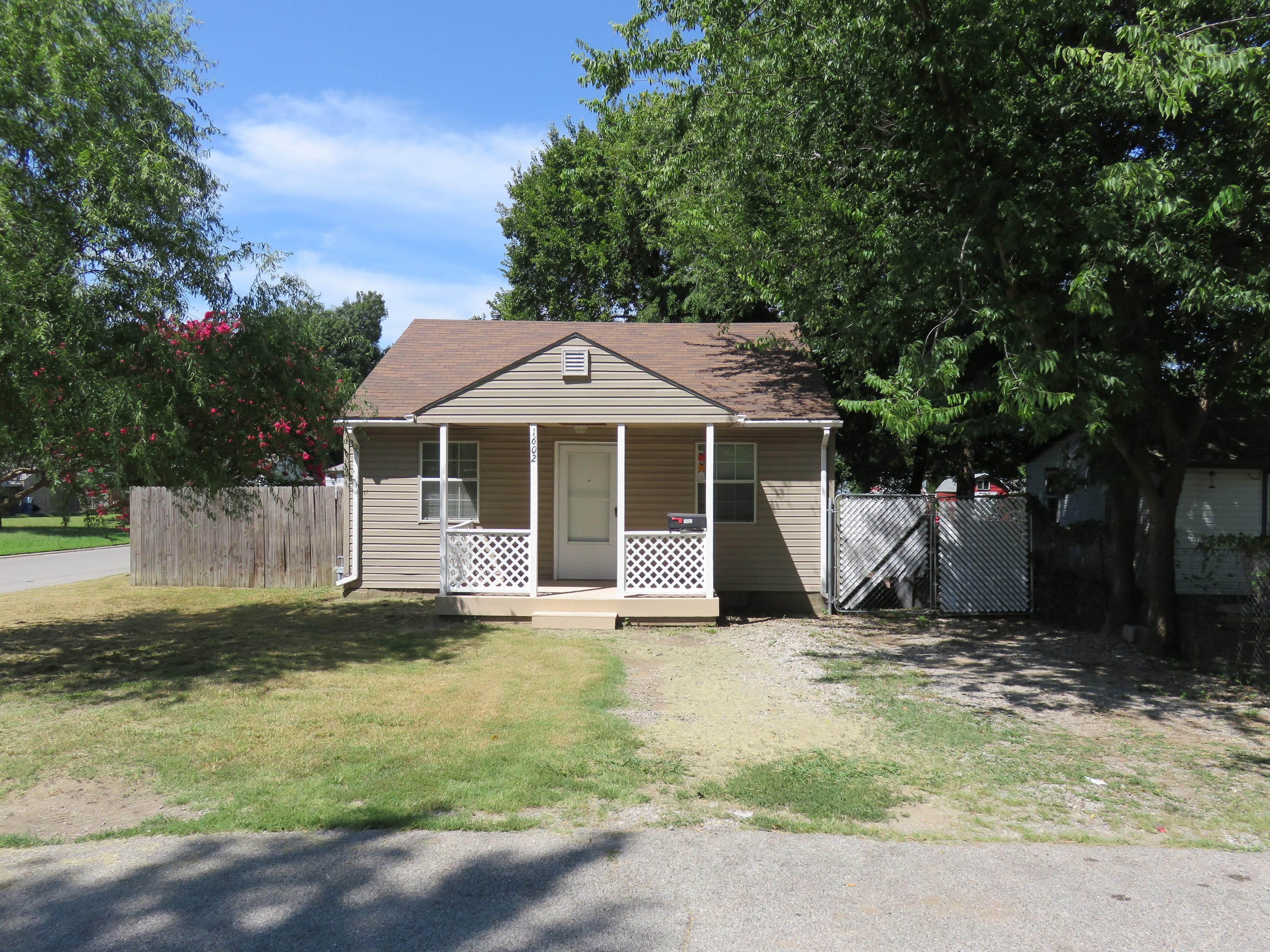 1602 N Norwood Avenue Property Photo