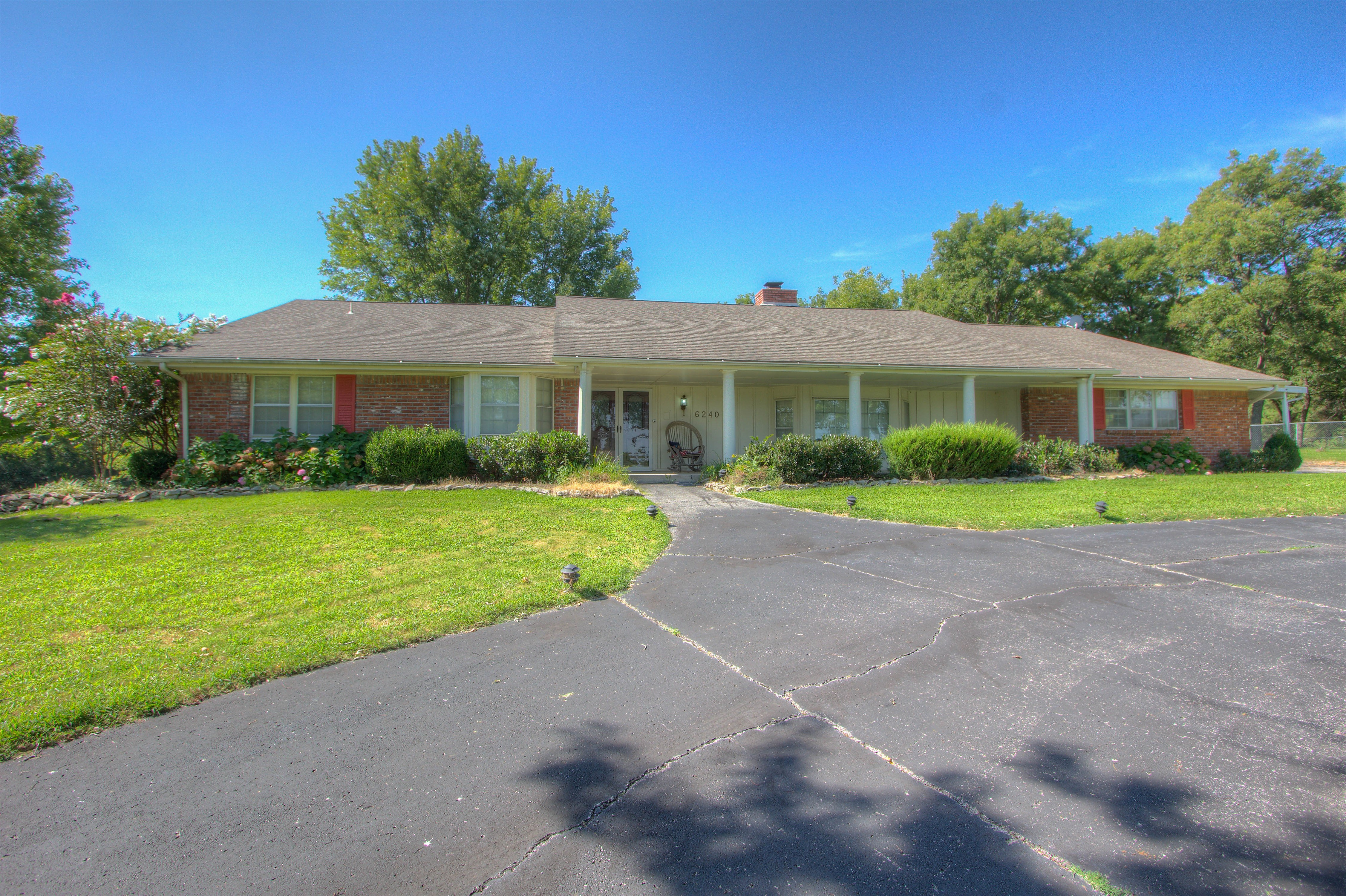 6240 E 165th Street Property Photo