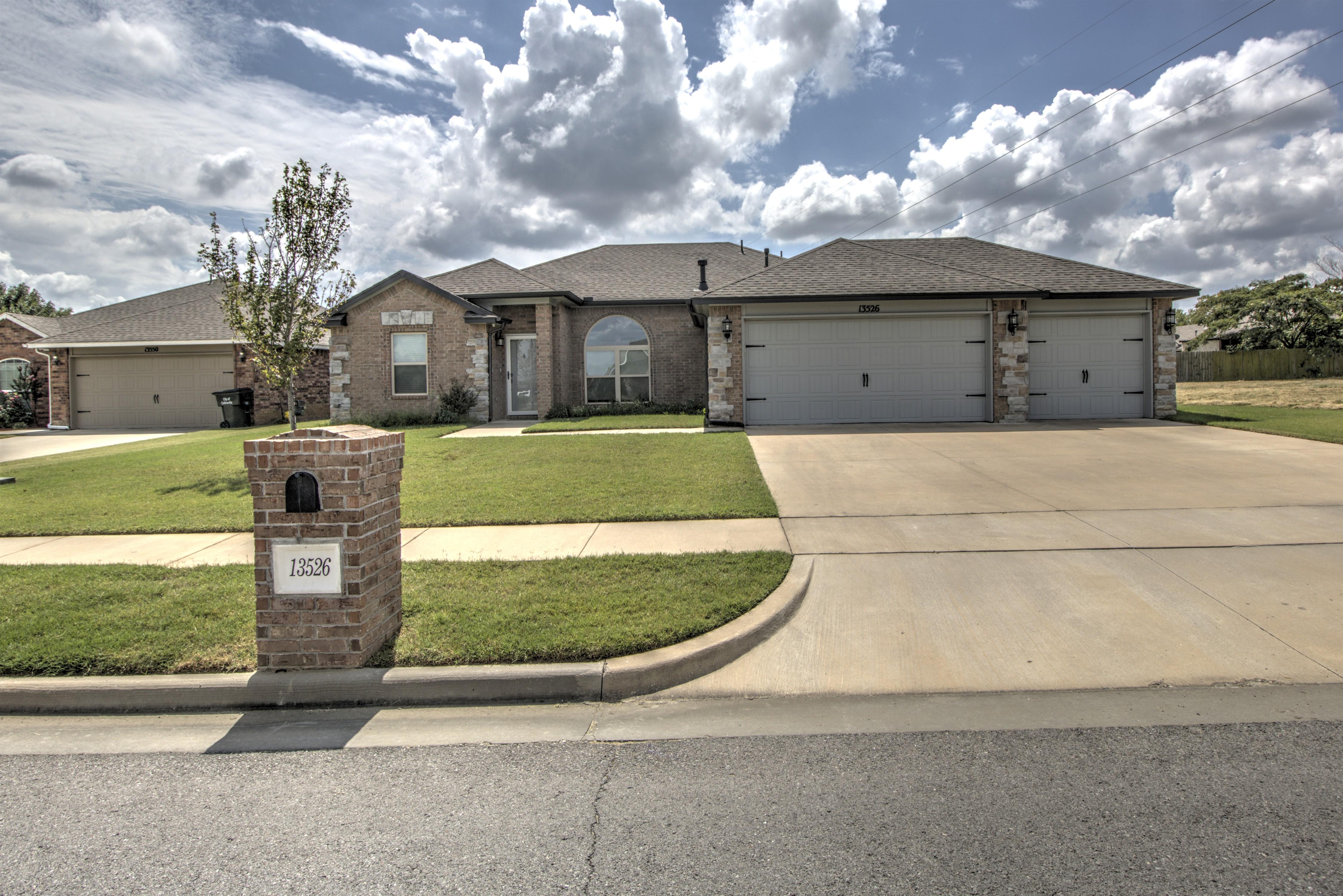 13526 E 133rd Street North Property Photo