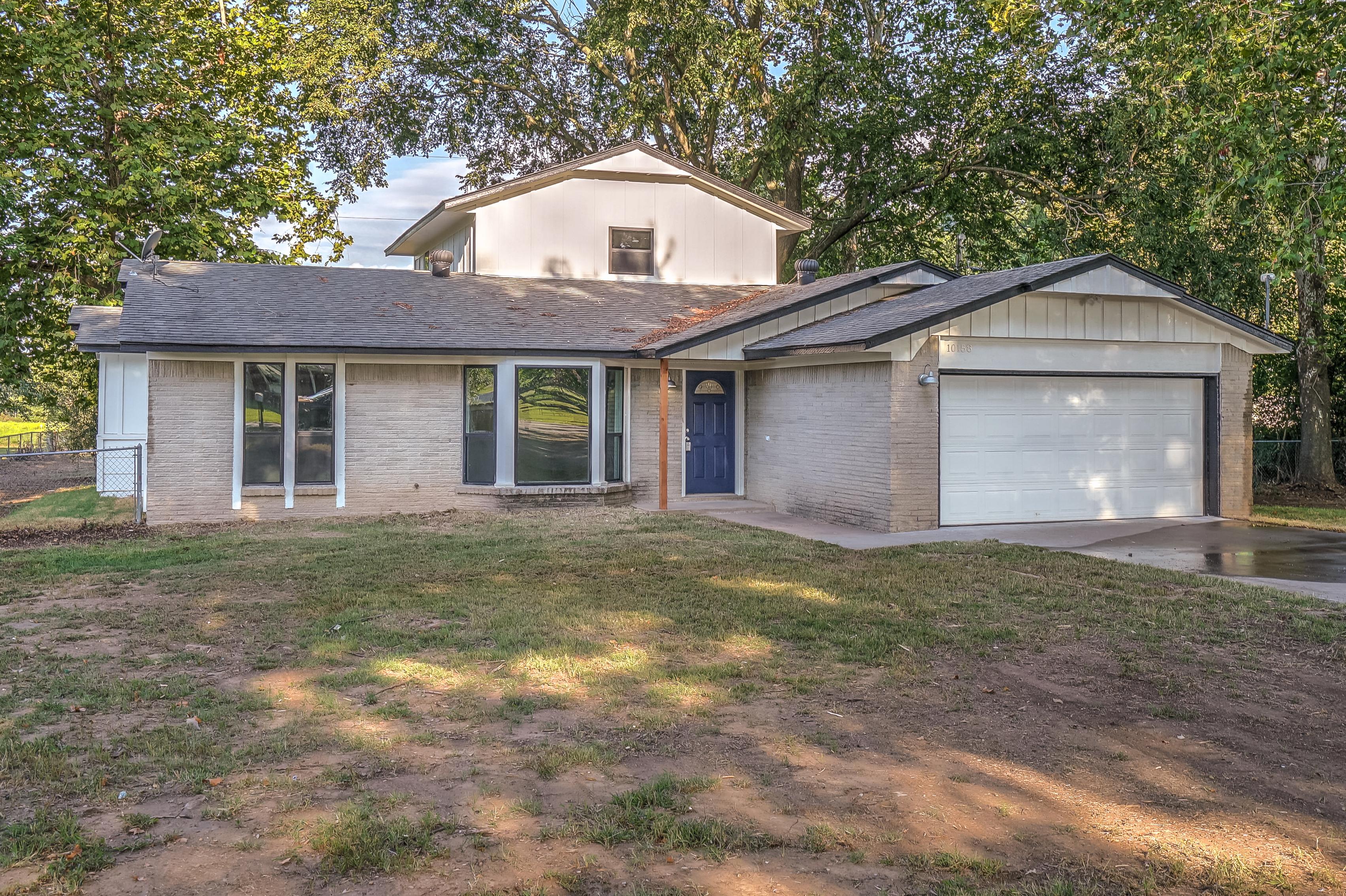 10158 S 156th West Avenue Property Photo 1