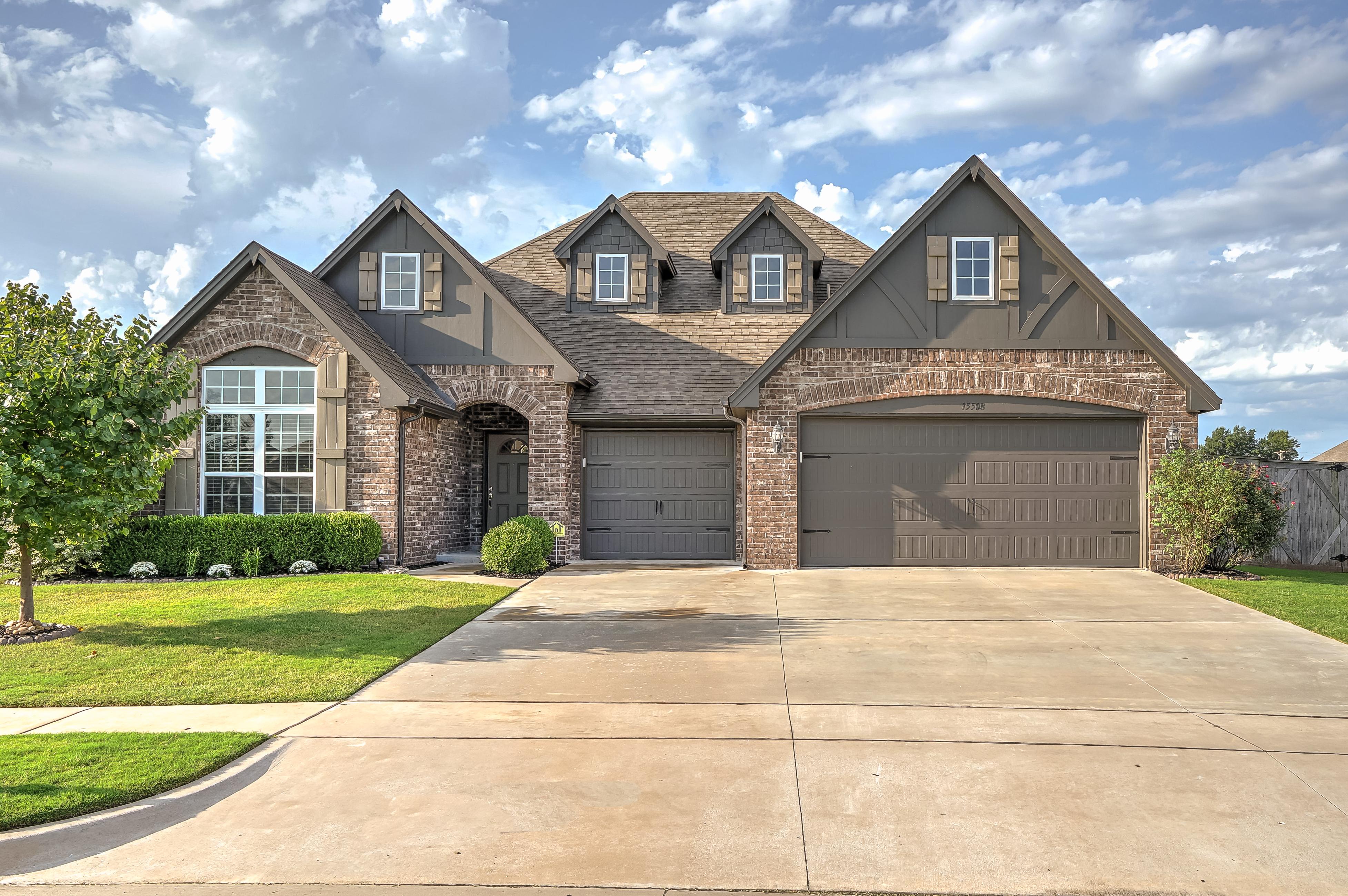 15508 E 87th Place North Property Photo