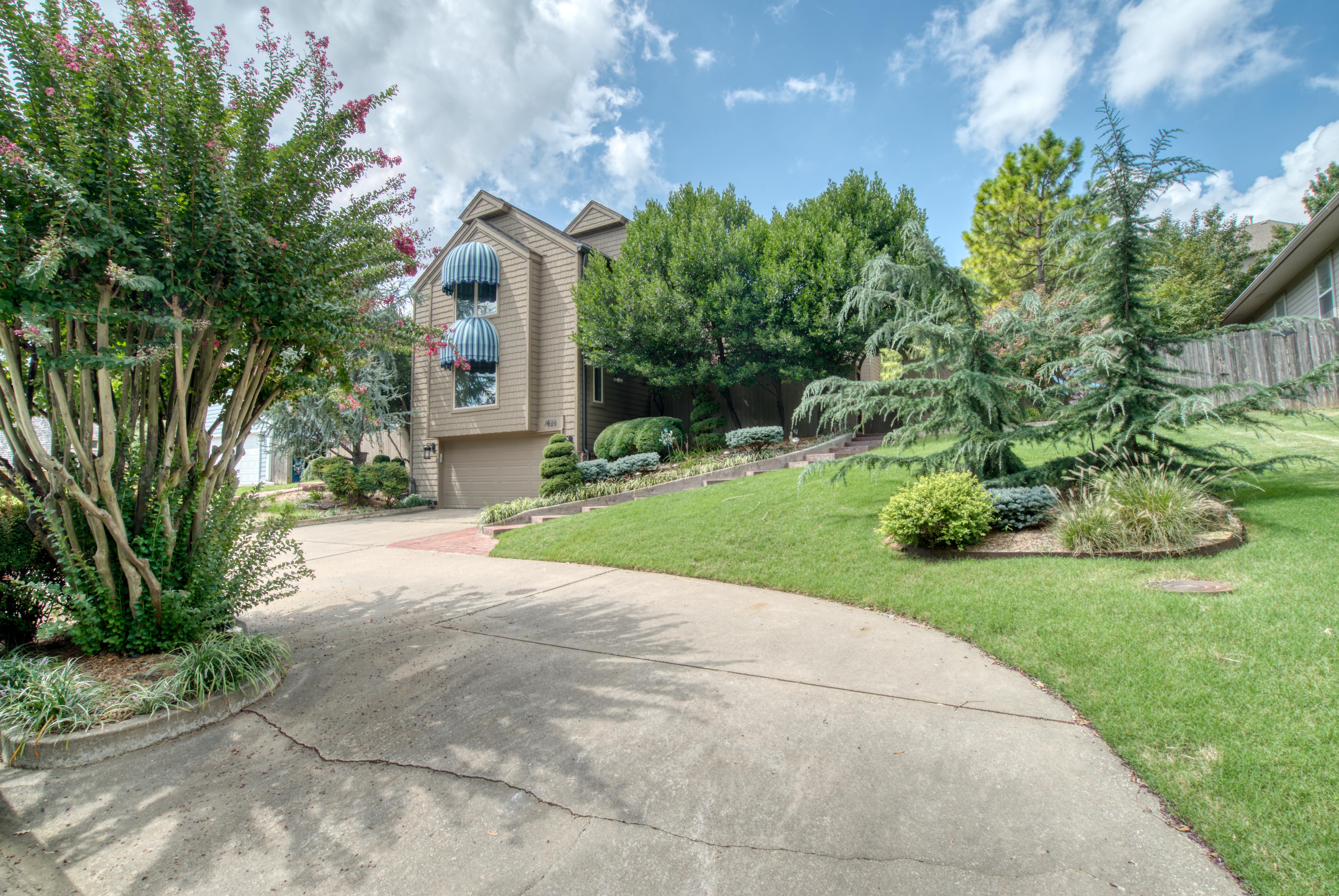 7628 Maplewood Avenue Property Photo