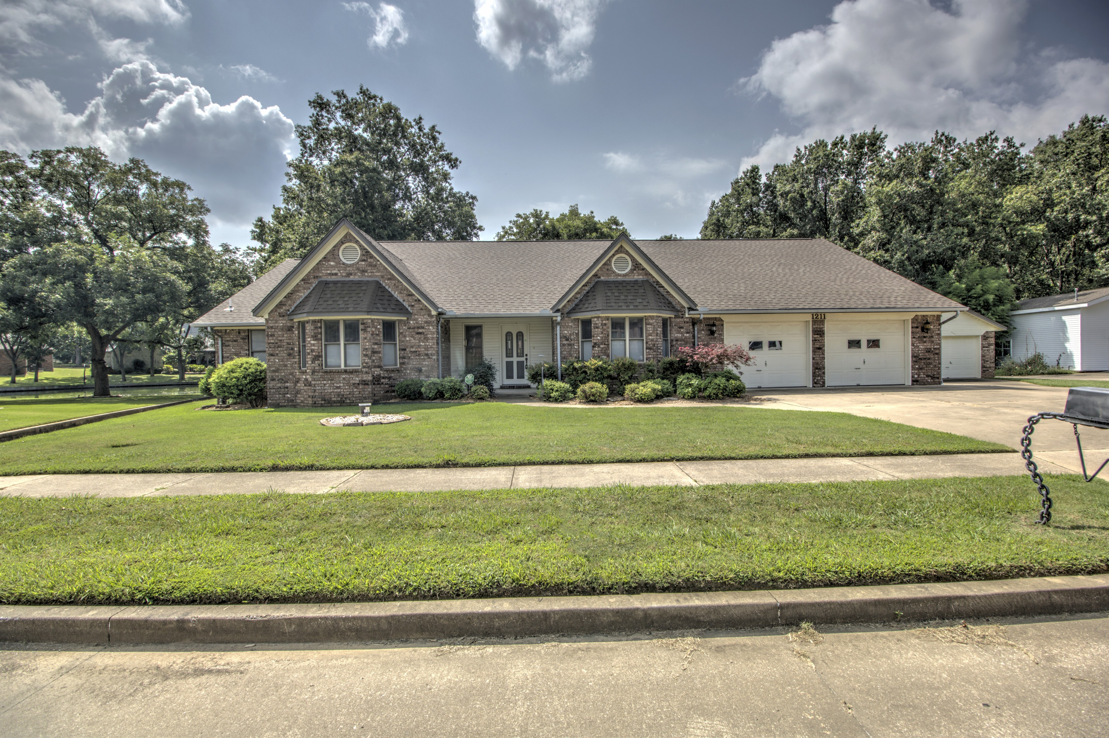 1211 Thurman Street Property Photo