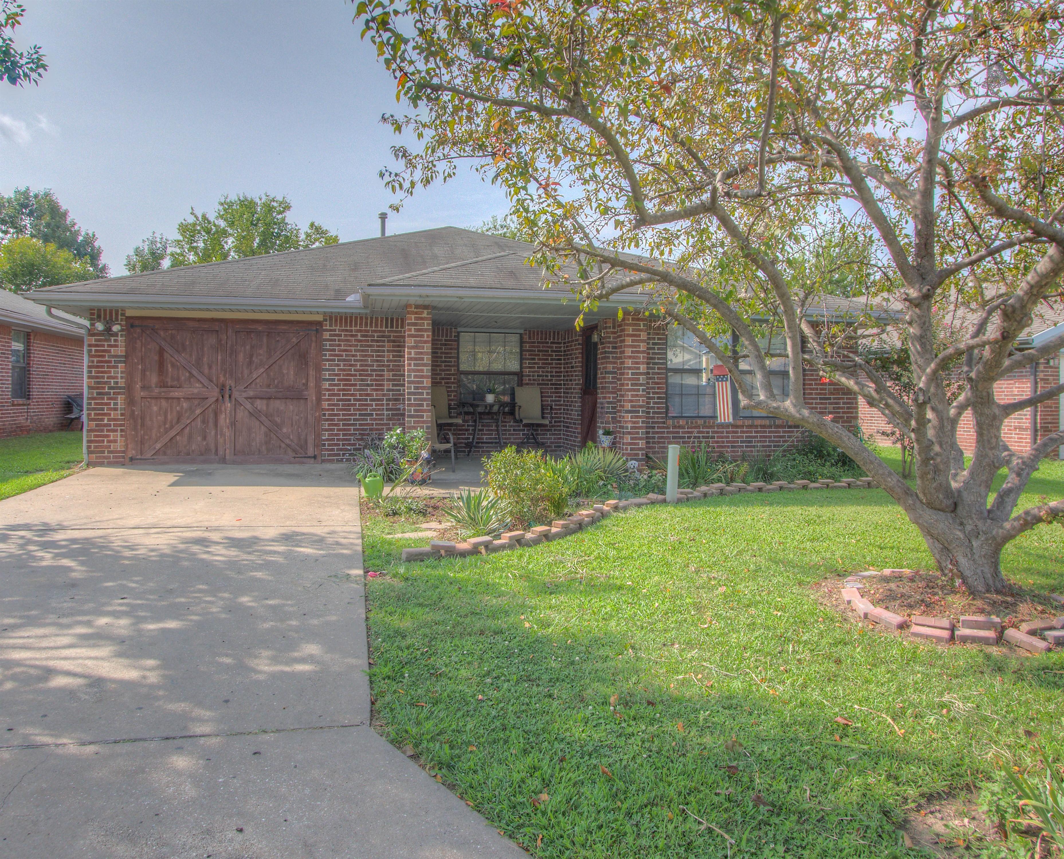 742 E 142nd Place Property Photo 1