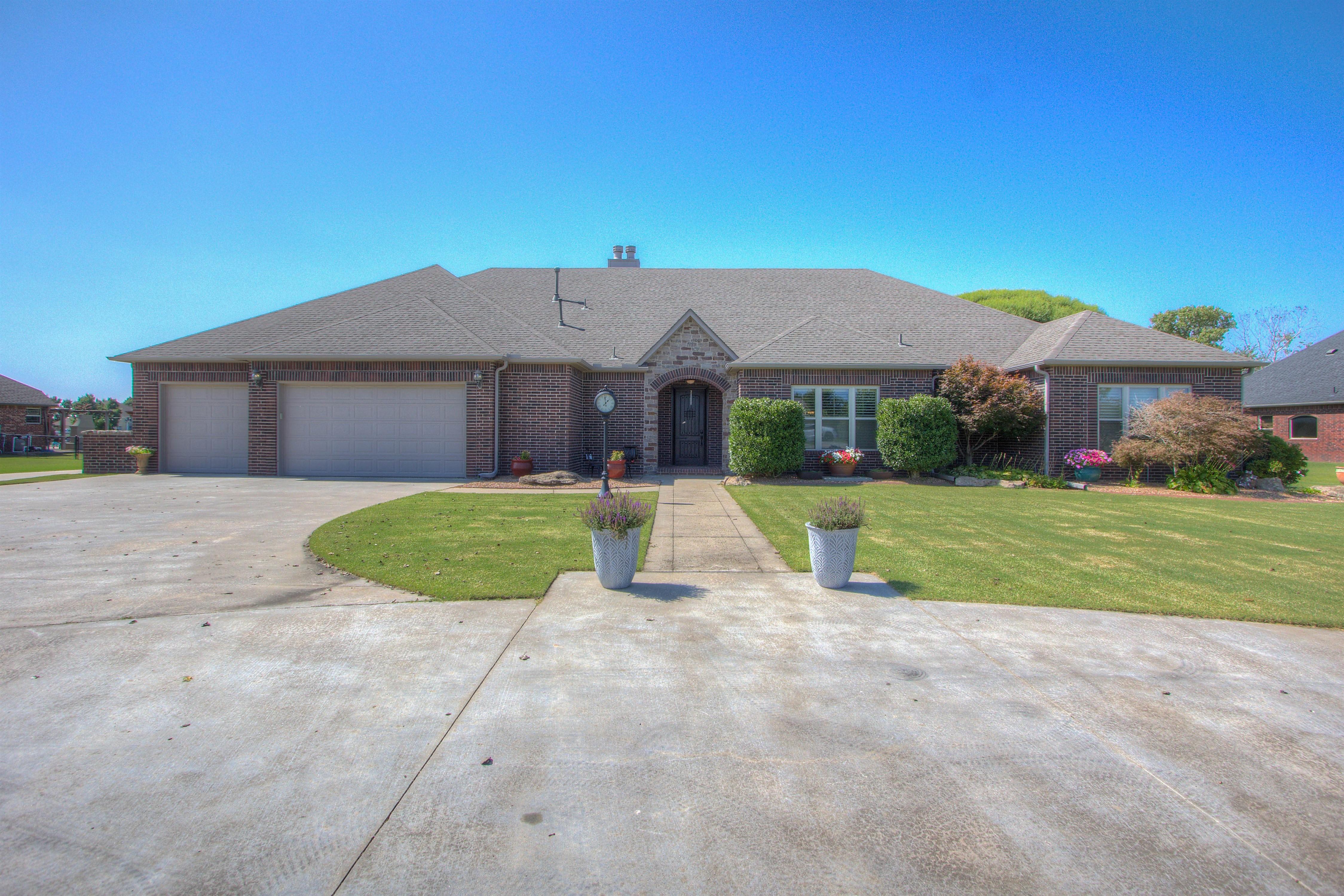13152 S Norfolk Avenue Property Photo