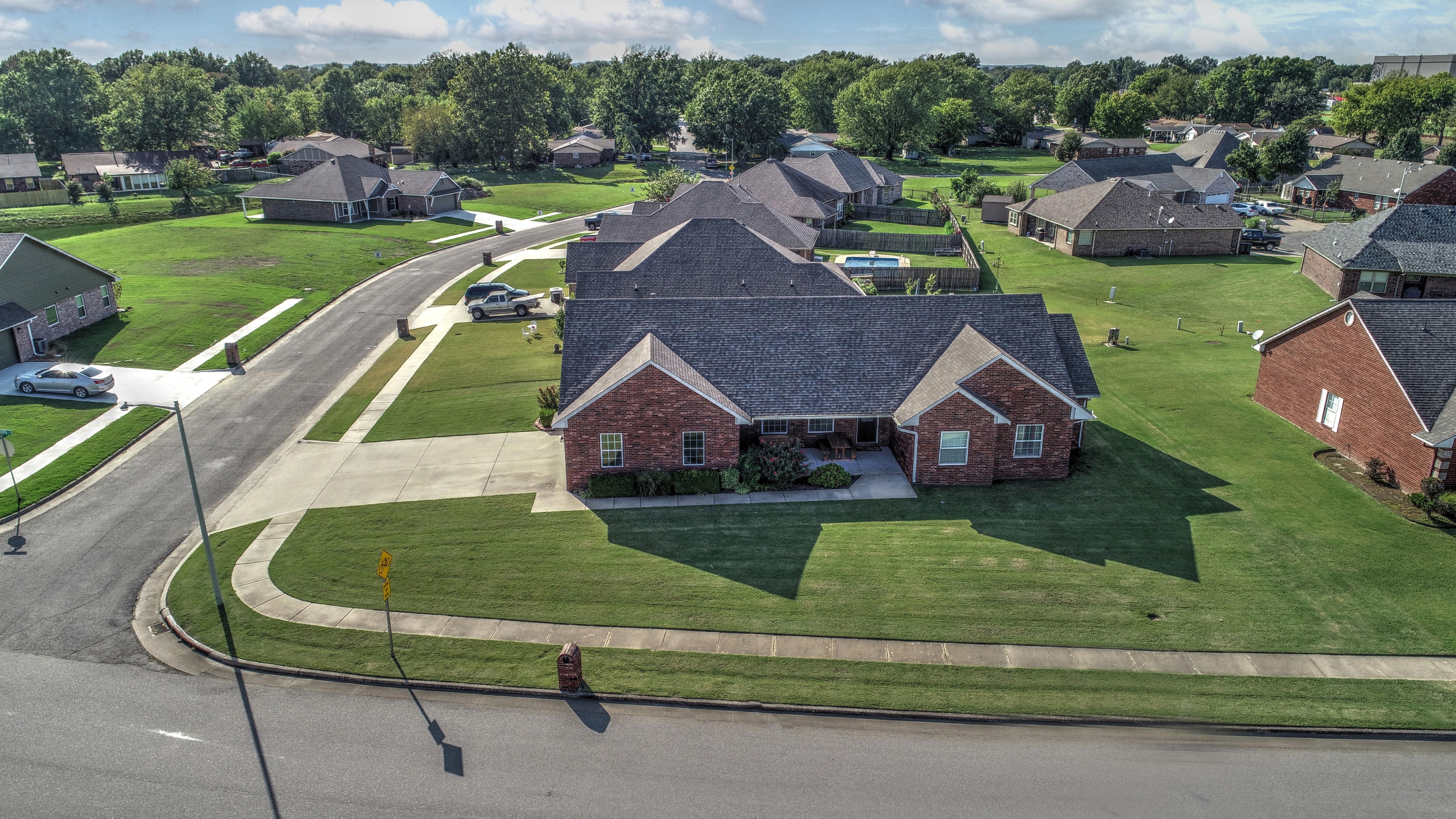 1412 S Oklahoma Street Property Photo