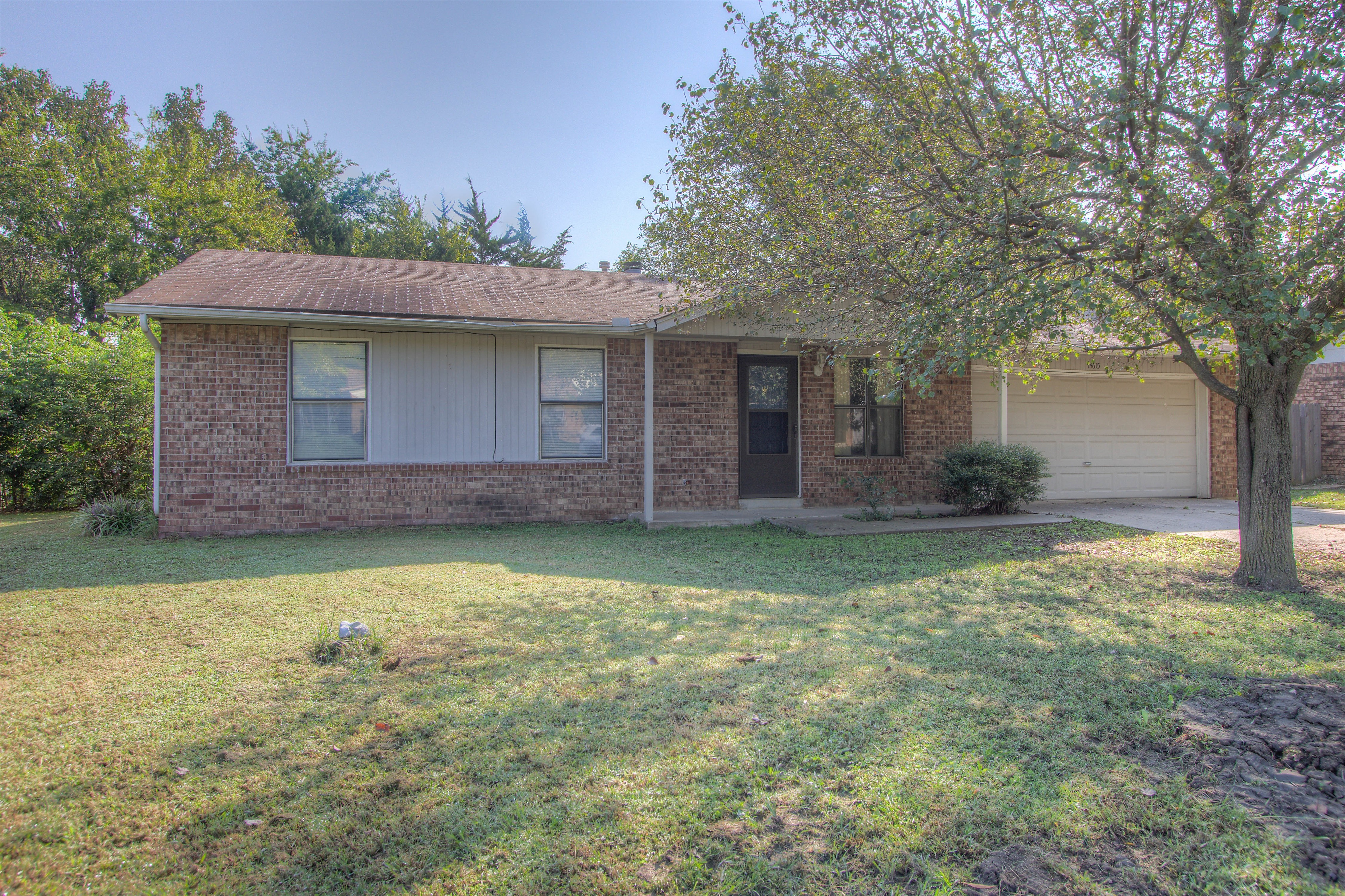 14615 S Waco Avenue Property Photo