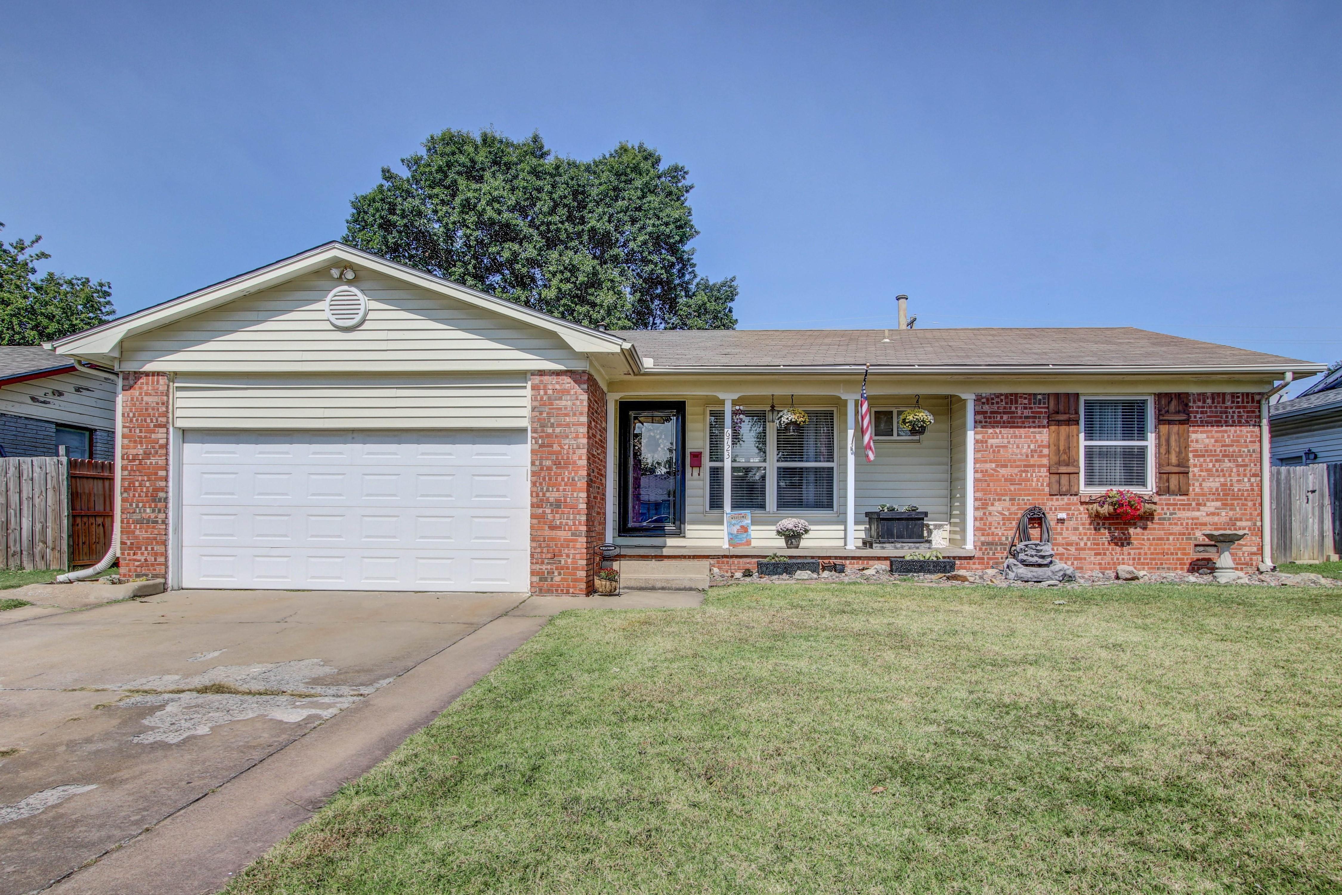 6723 E 28th Place Property Photo
