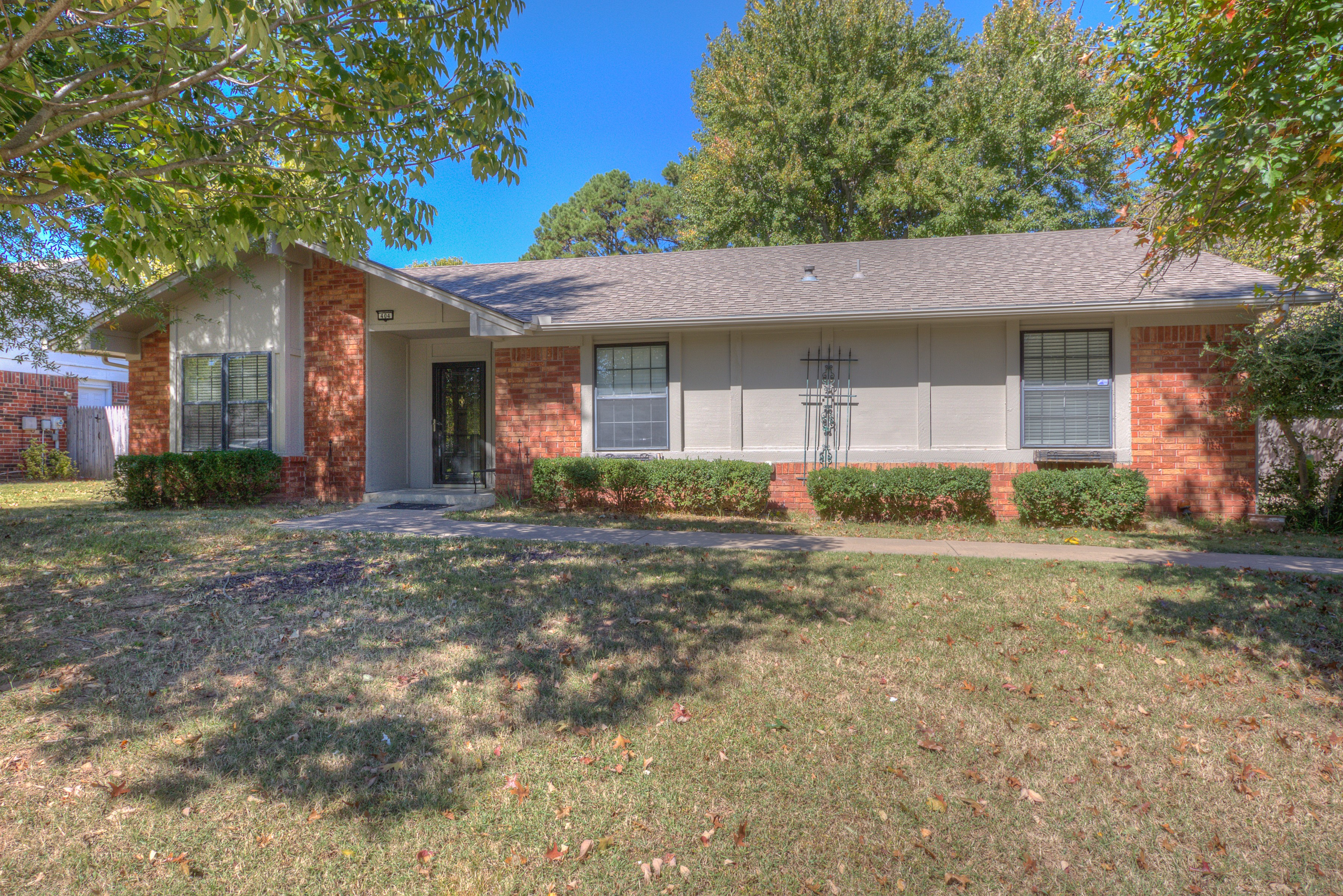 404 S Dogwood Avenue Property Photo