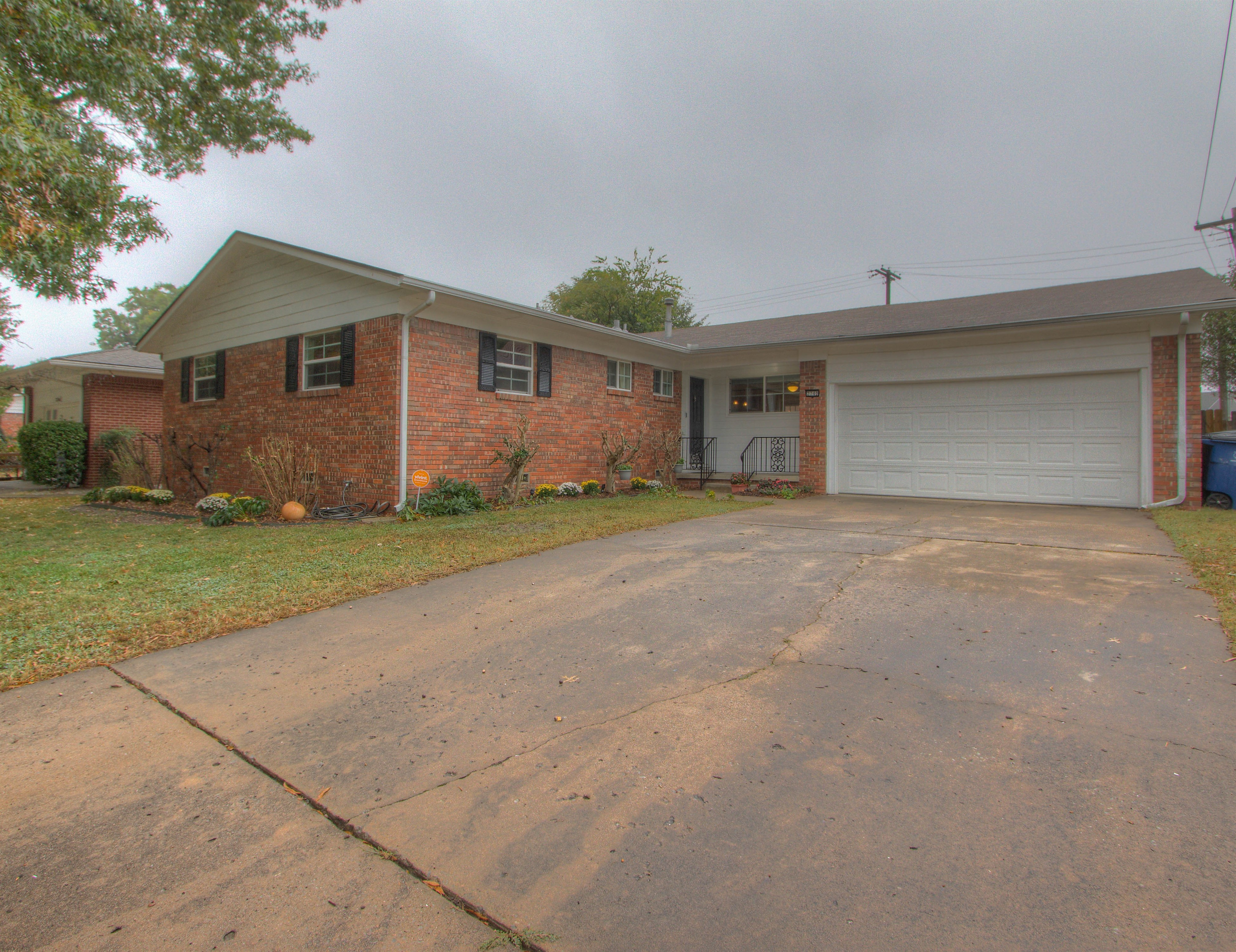 2740 S Braden Avenue Property Photo