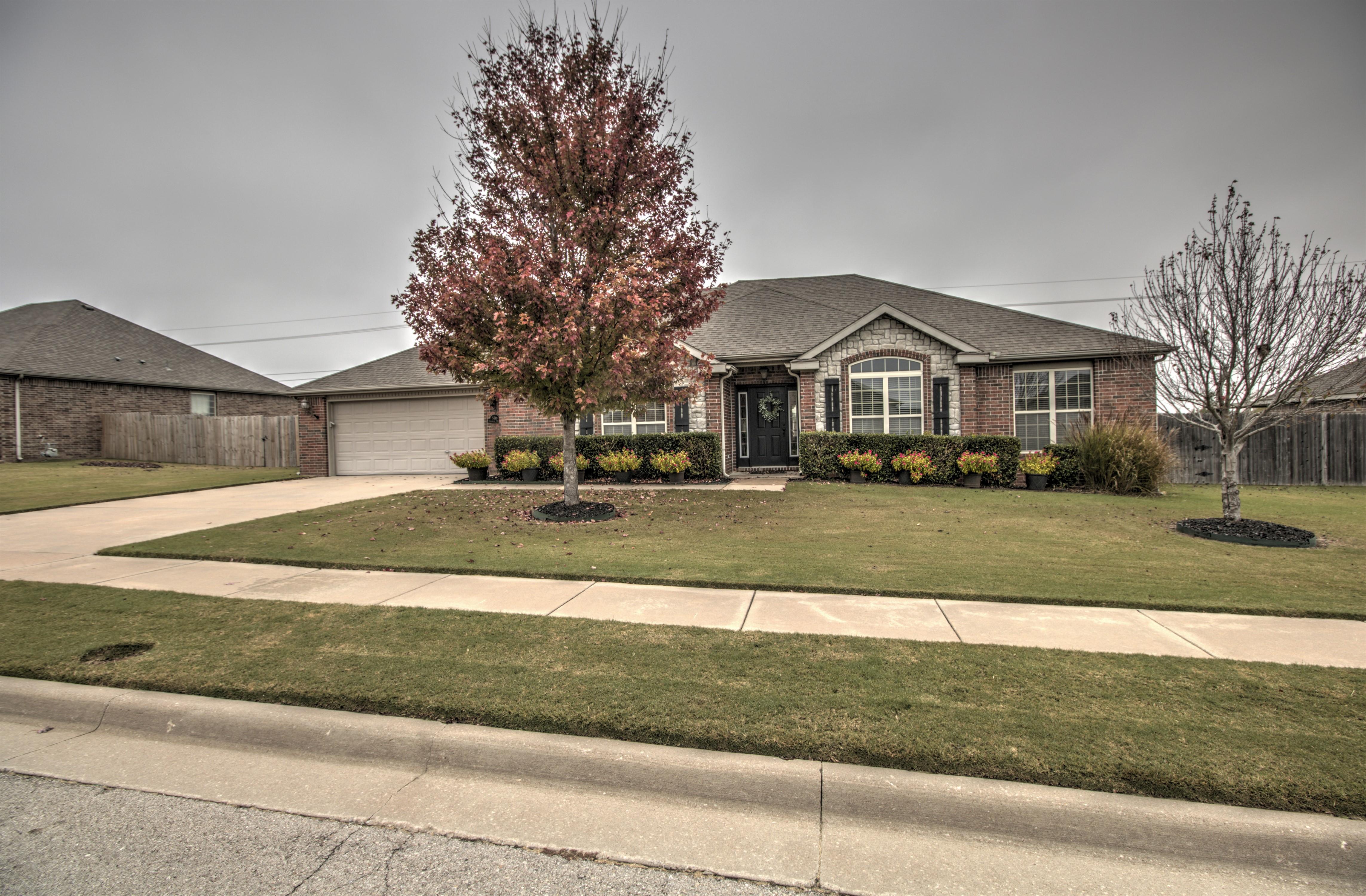 5518 Ashbrook Drive Property Photo