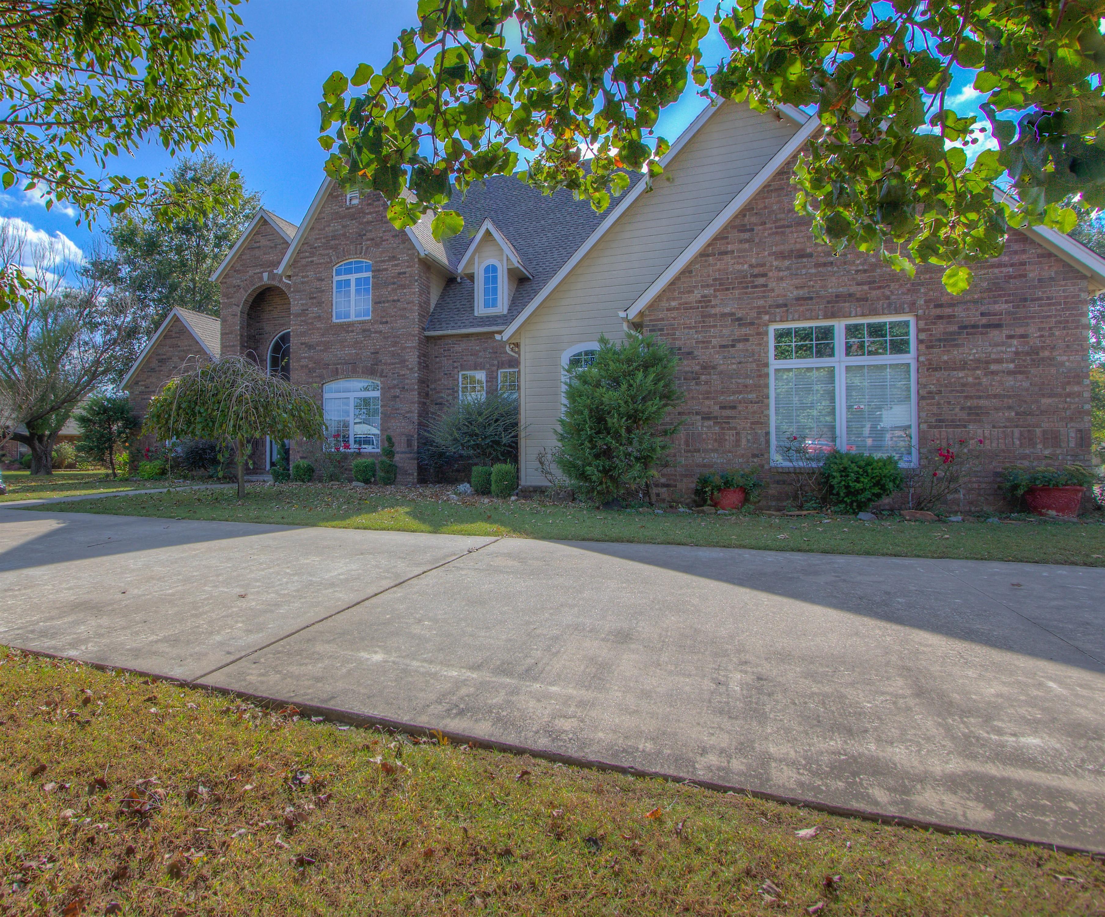 809 Gawf Lane Property Photo