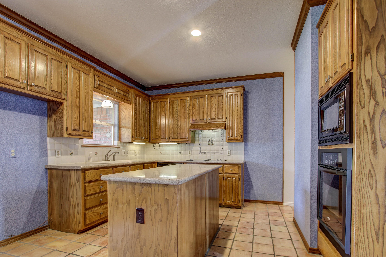 5127 E 86th Place Property Photo 12