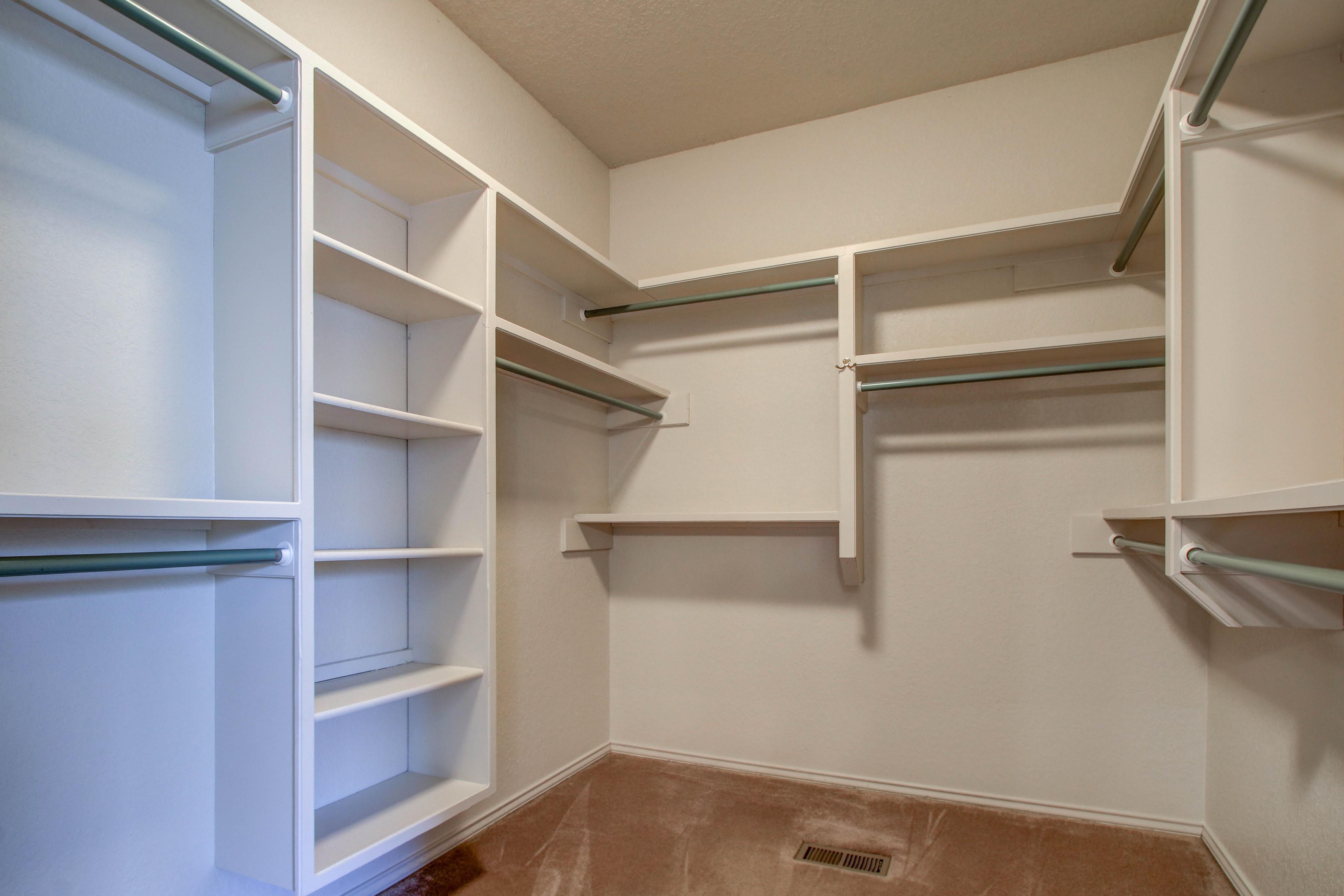 5127 E 86th Place Property Photo 20