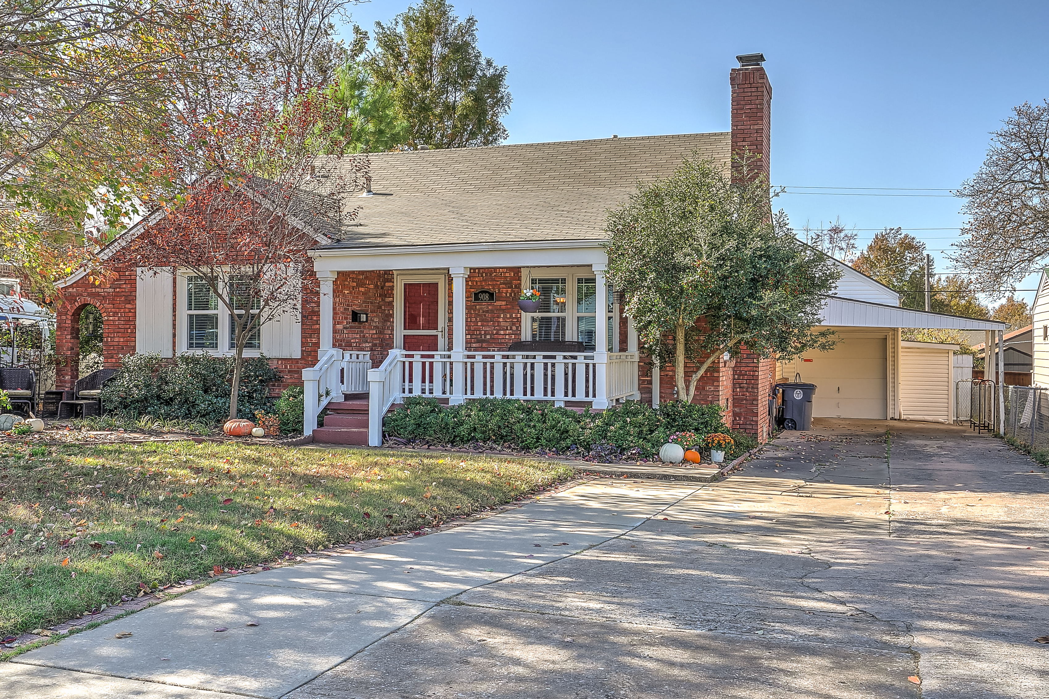 908 S Pittsburg Avenue Property Photo 1